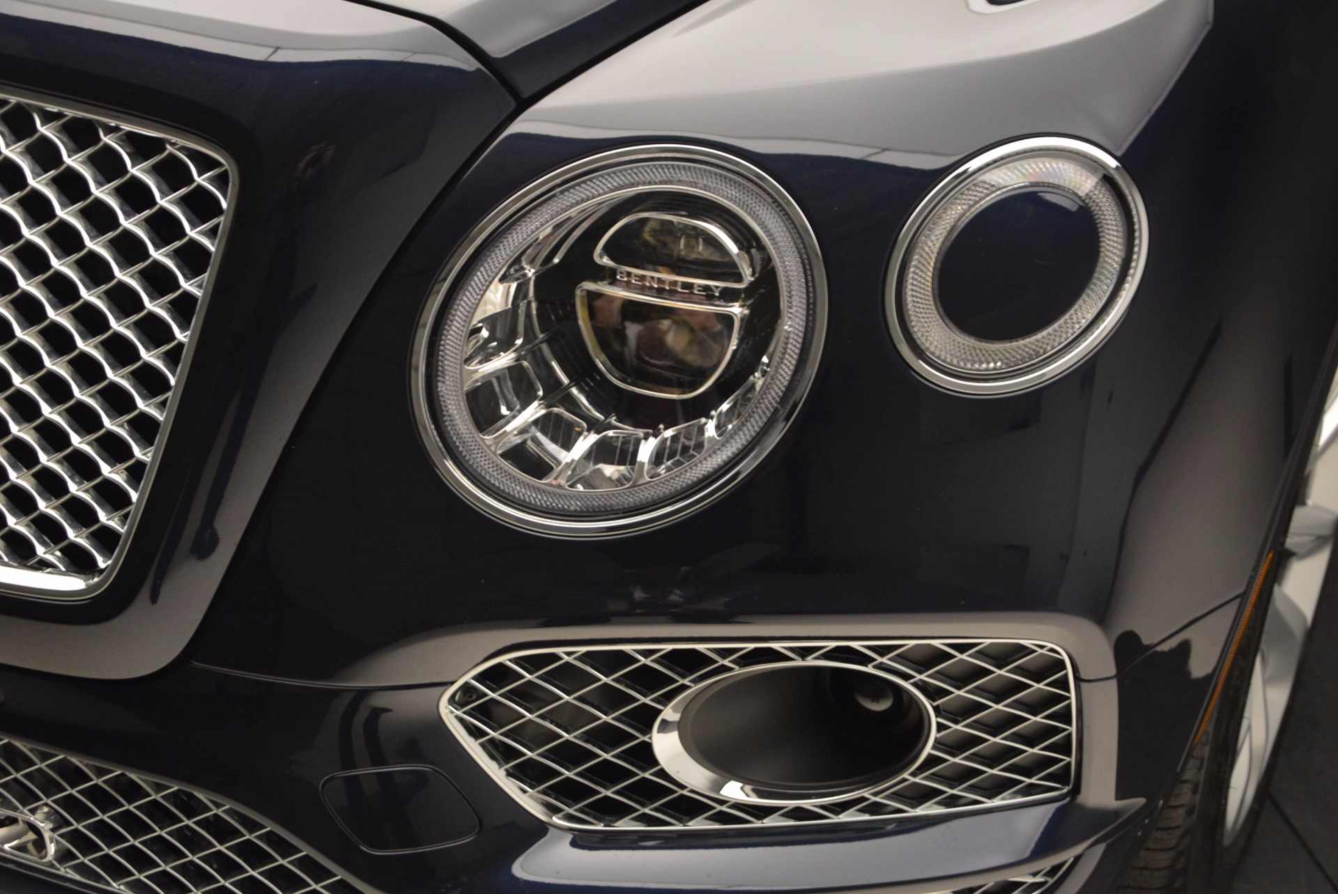 Used 2017 Bentley Bentayga W12 For Sale In Greenwich, CT. Alfa Romeo of Greenwich, M2166A 1077_p14
