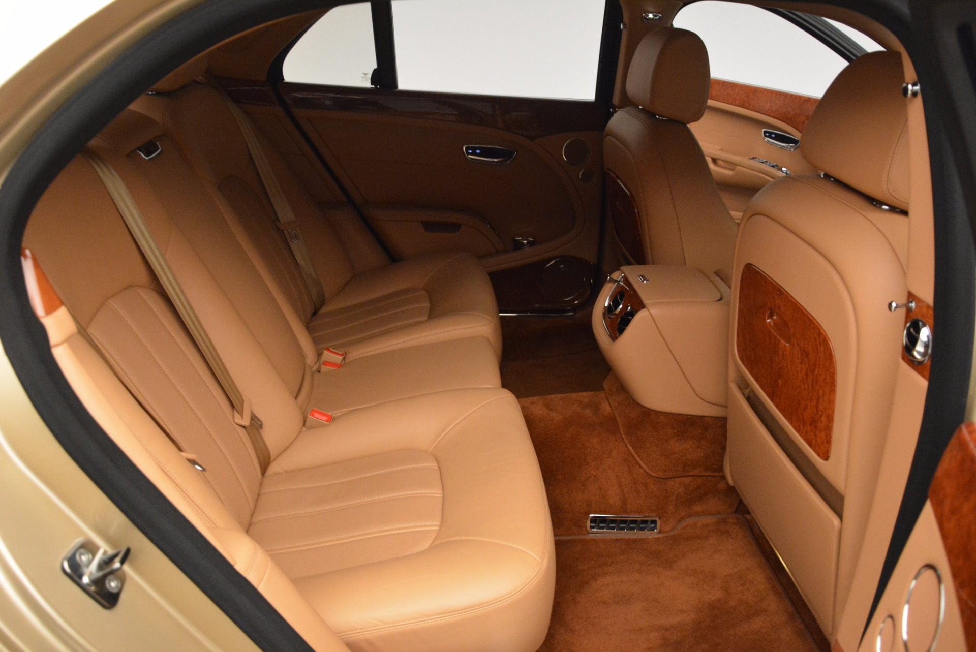 Used 2011 Bentley Mulsanne  For Sale In Greenwich, CT. Alfa Romeo of Greenwich, B1245A 1081_p35