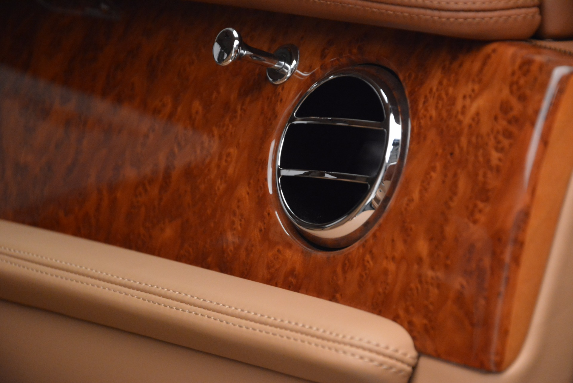 Used 2011 Bentley Mulsanne  For Sale In Greenwich, CT. Alfa Romeo of Greenwich, B1245A 1081_p46