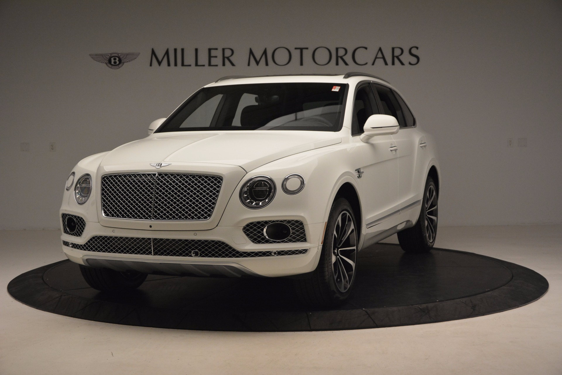 Used 2017 Bentley Bentayga  For Sale In Greenwich, CT. Alfa Romeo of Greenwich, B1235 1091_main