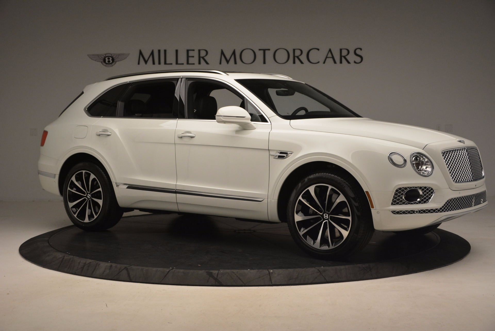 Used 2017 Bentley Bentayga  For Sale In Greenwich, CT. Alfa Romeo of Greenwich, B1235 1091_p10