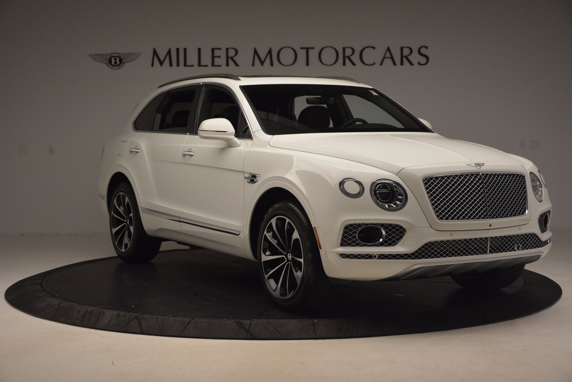 Used 2017 Bentley Bentayga  For Sale In Greenwich, CT. Alfa Romeo of Greenwich, B1235 1091_p11