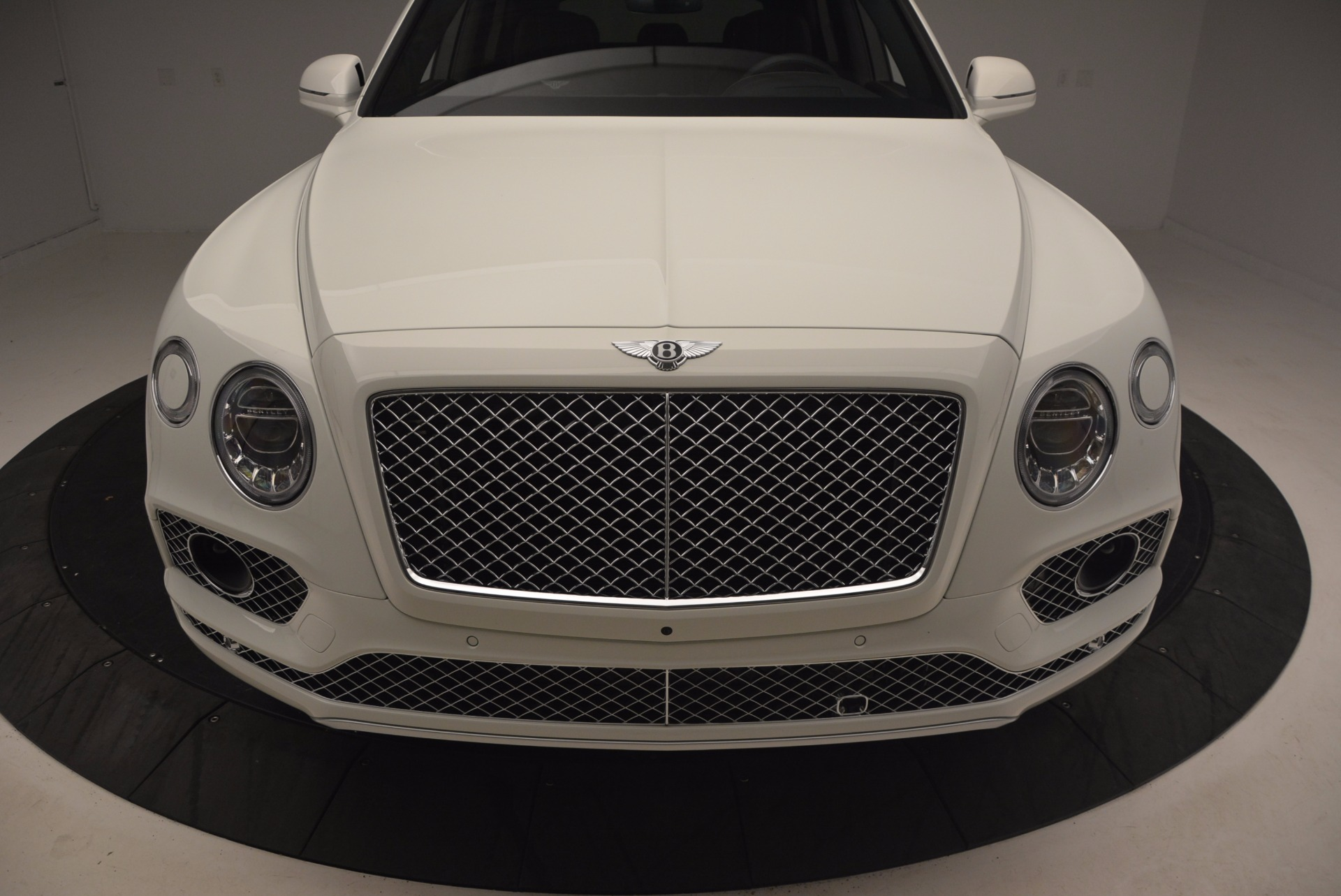 Used 2017 Bentley Bentayga  For Sale In Greenwich, CT. Alfa Romeo of Greenwich, B1235 1091_p13