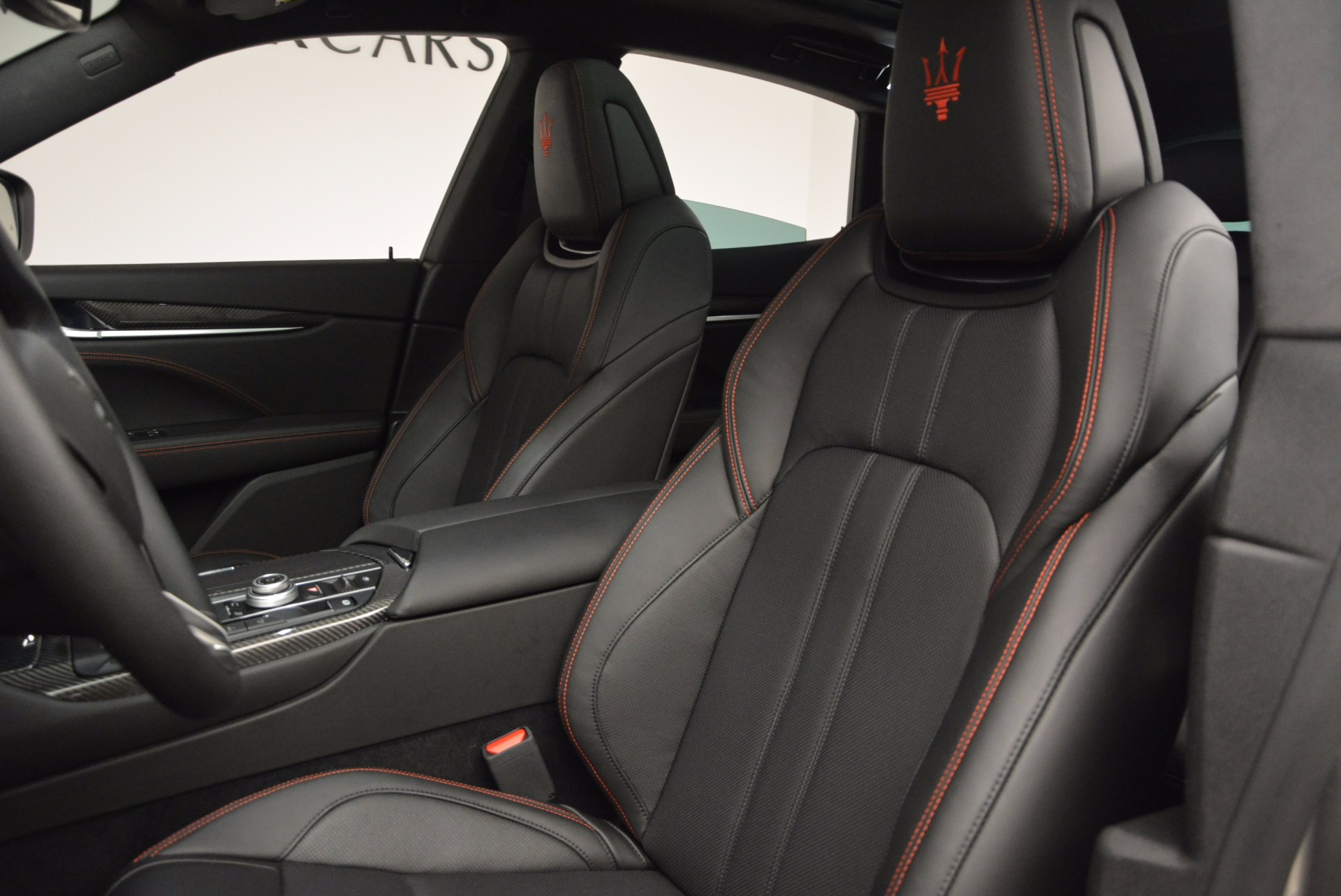 New 2017 Maserati Levante S Q4 For Sale In Greenwich, CT. Alfa Romeo of Greenwich, W436 1094_p17
