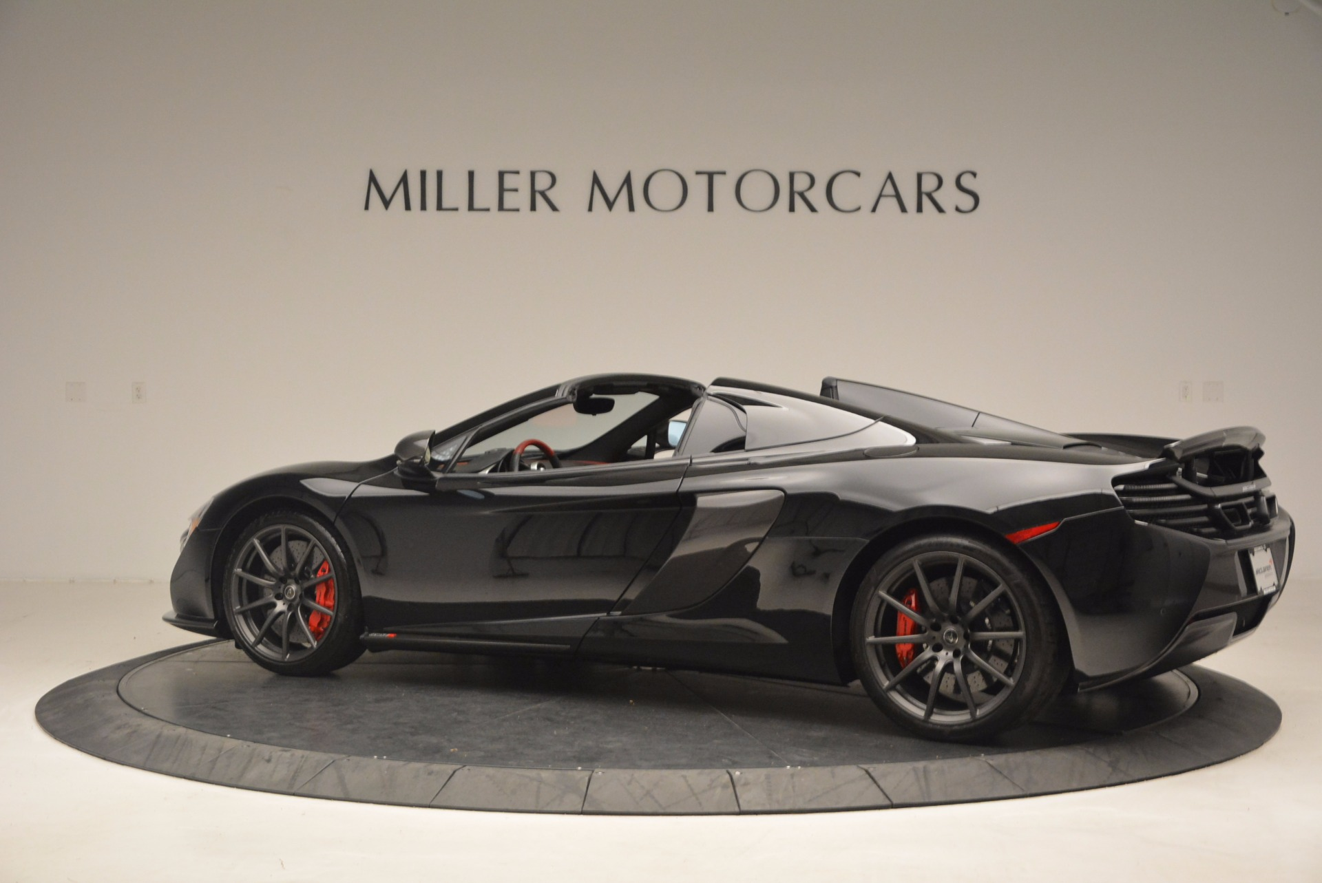 Used 2016 McLaren 650S Spider  For Sale In Greenwich, CT. Alfa Romeo of Greenwich, 3095 1103_p4