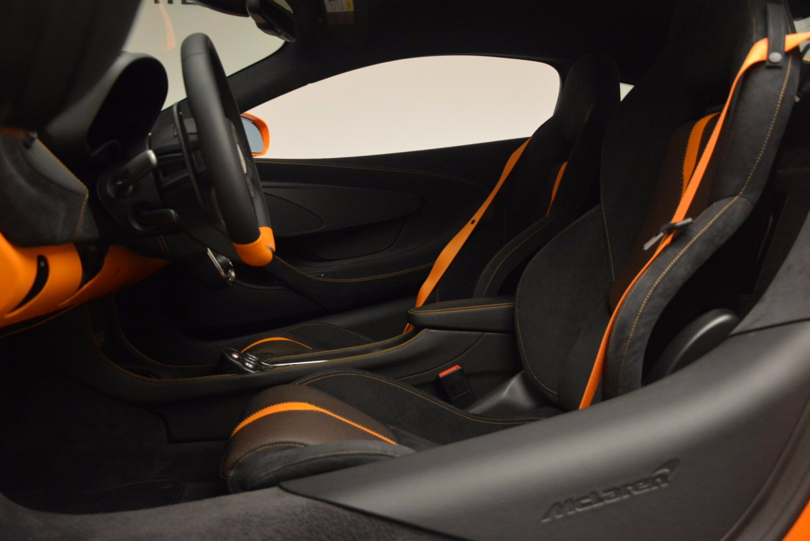 New 2017 McLaren 570S  For Sale In Greenwich, CT. Alfa Romeo of Greenwich, MC294 1105_p16