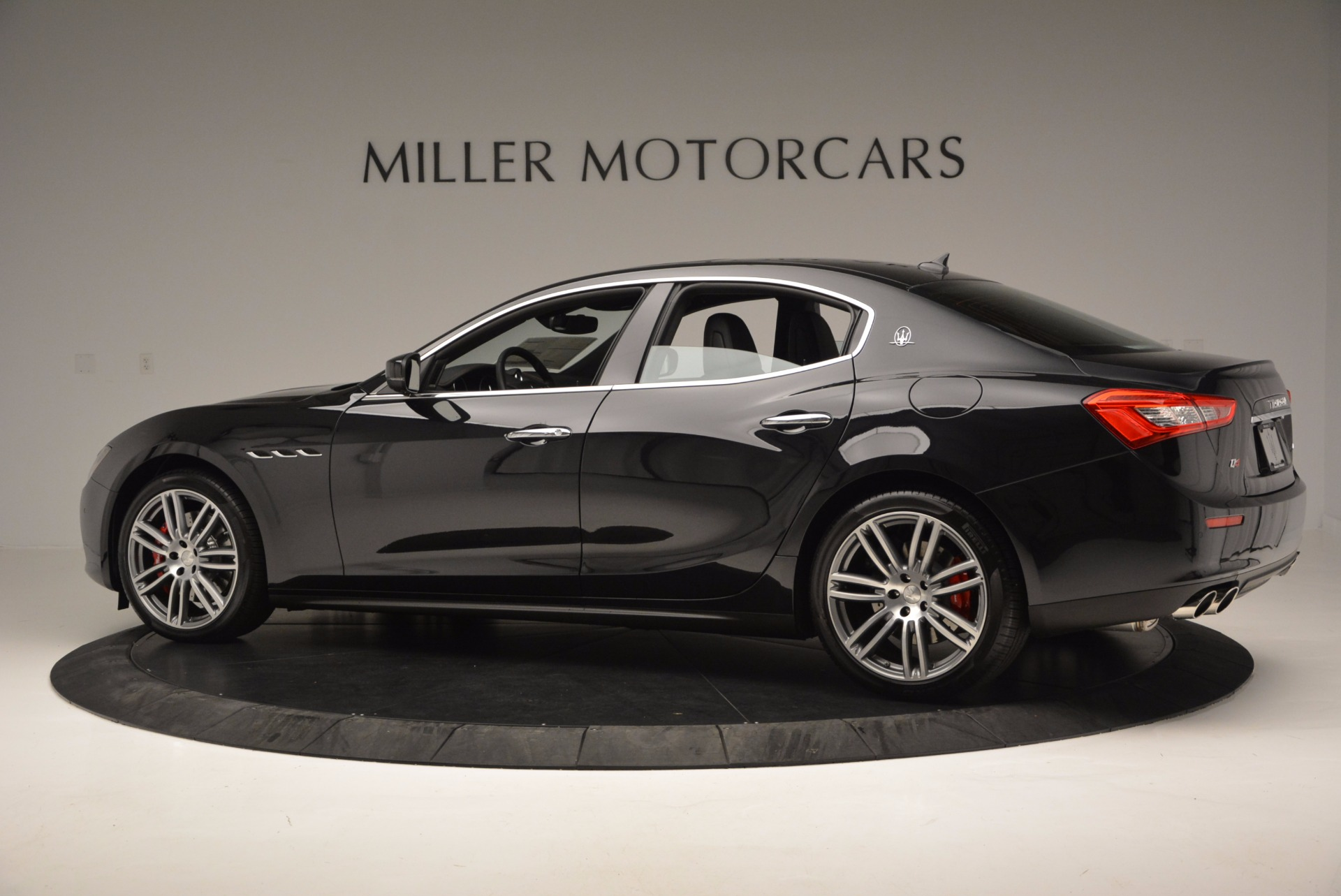 New 2017 Maserati Ghibli S Q4 For Sale In Greenwich, CT. Alfa Romeo of Greenwich, M1860 1114_p4