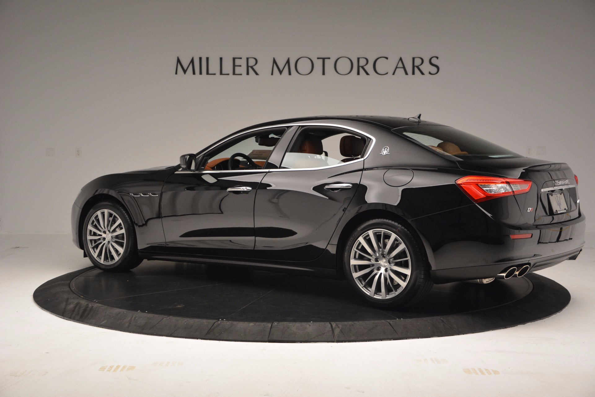 New 2017 Maserati Ghibli S Q4 EX-LOANER For Sale In Greenwich, CT. Alfa Romeo of Greenwich, M1859 1115_p4