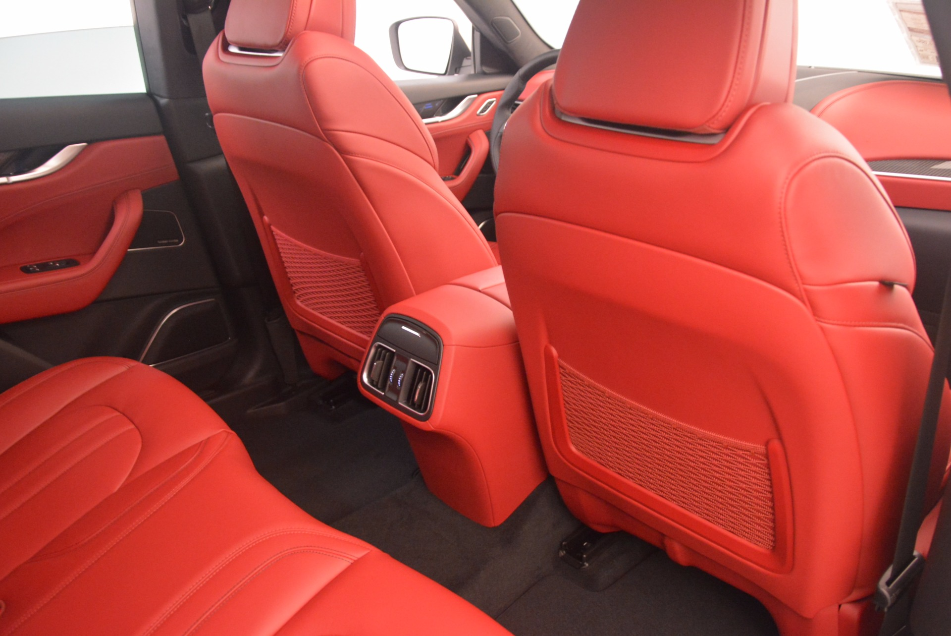 New 2017 Maserati Levante S For Sale In Greenwich, CT. Alfa Romeo of Greenwich, M1851 1117_p27