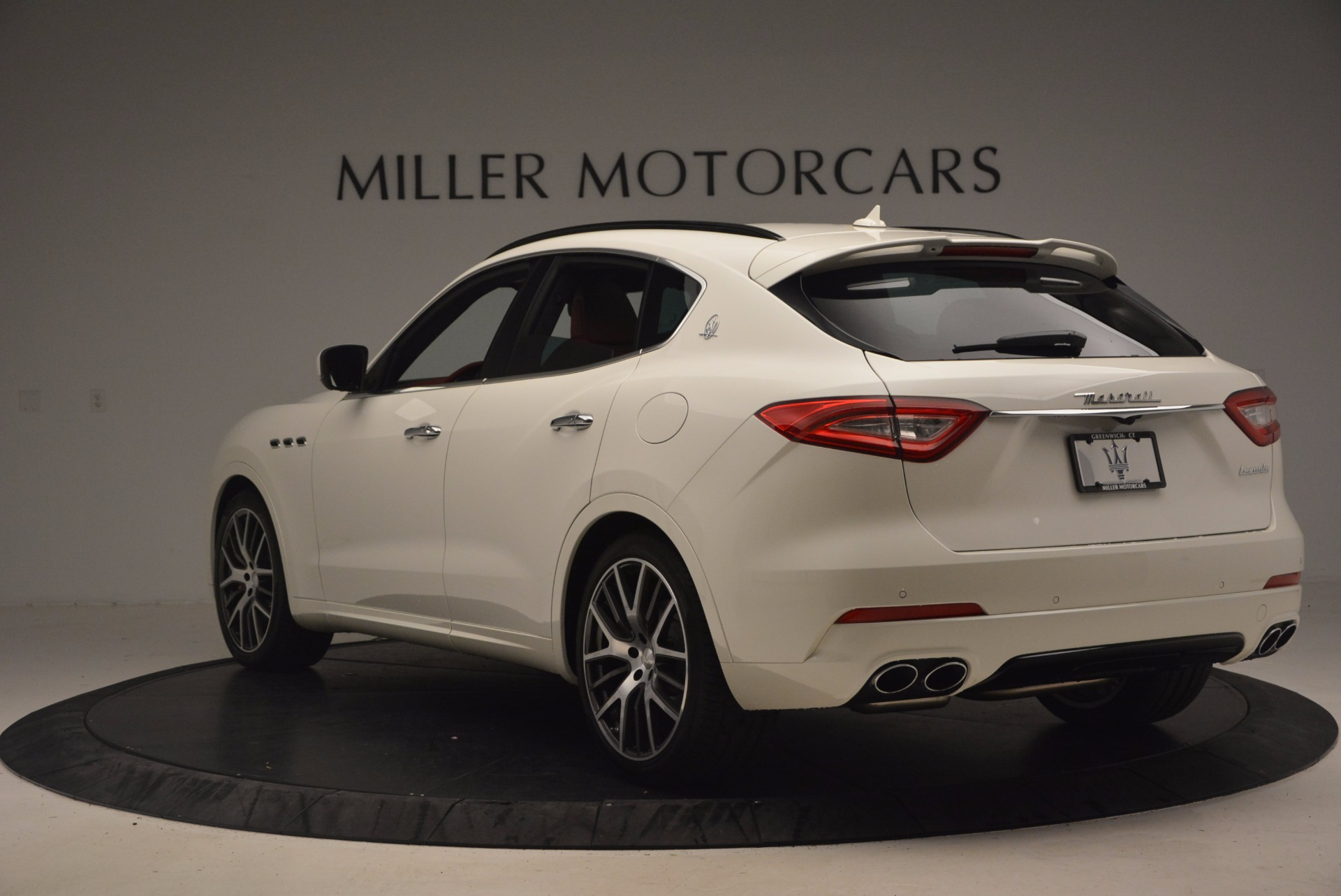 New 2017 Maserati Levante S For Sale In Greenwich, CT. Alfa Romeo of Greenwich, M1851 1117_p5
