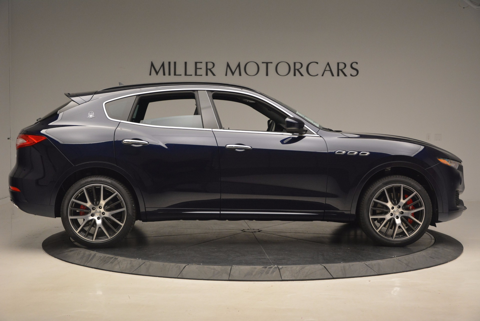 New 2017 Maserati Levante S Q4 For Sale In Greenwich, CT. Alfa Romeo of Greenwich, M1853 1120_p9