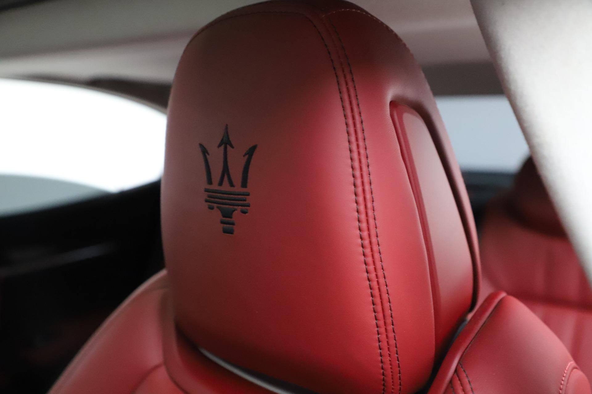 Used 2017 Maserati Ghibli S Q4 For Sale In Greenwich, CT. Alfa Romeo of Greenwich, M1862 1121_p17