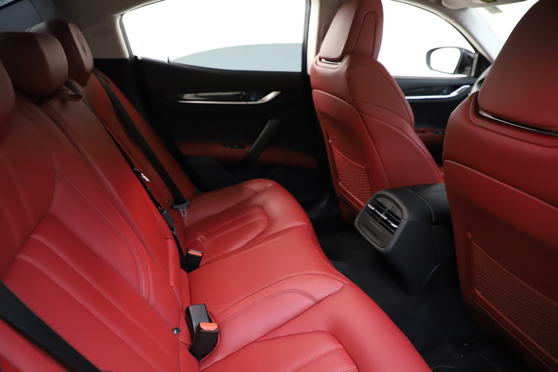 Used 2017 Maserati Ghibli S Q4 For Sale In Greenwich, CT. Alfa Romeo of Greenwich, M1862 1121_p25