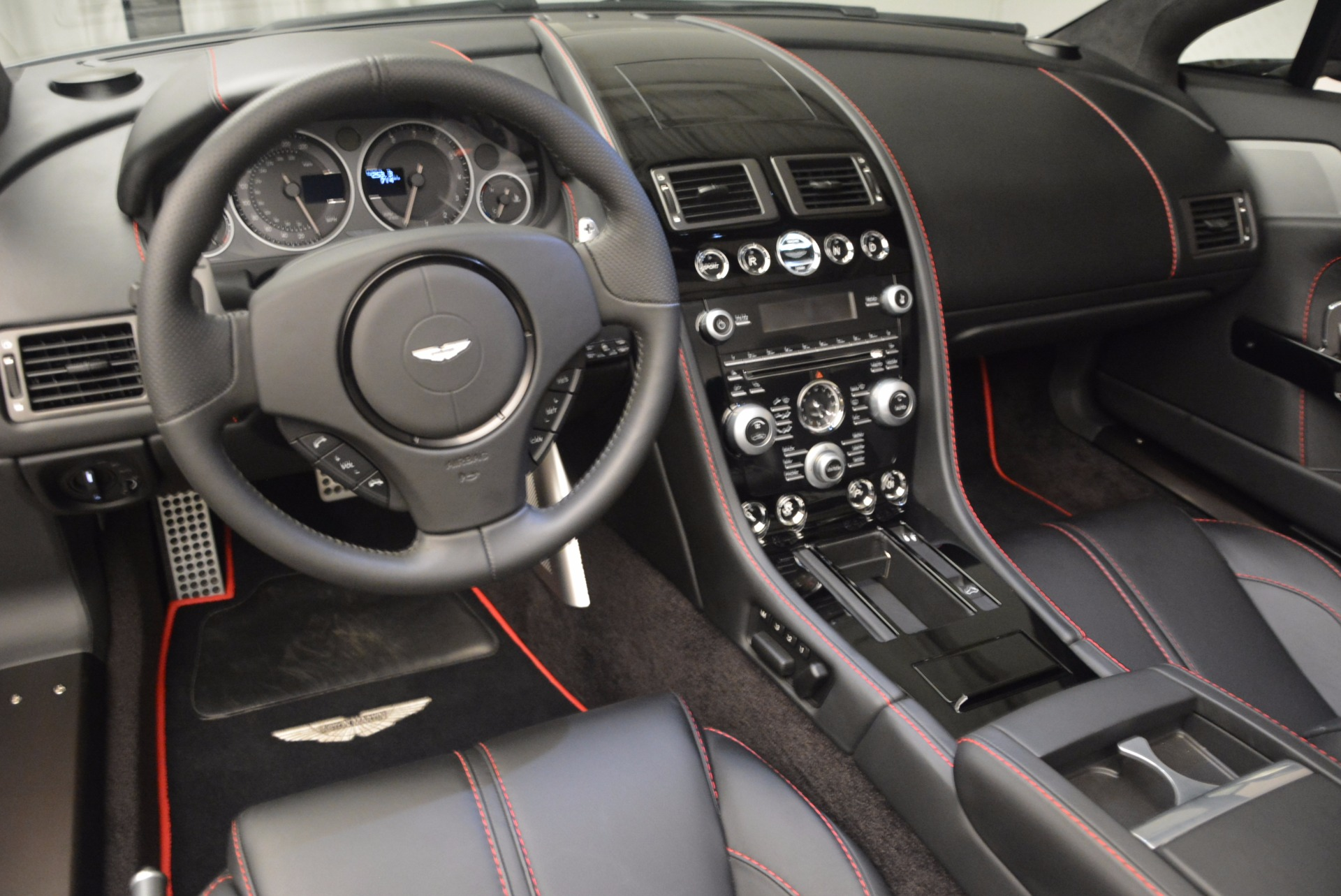 Used 2015 Aston Martin V12 Vantage S Roadster For Sale In Greenwich, CT. Alfa Romeo of Greenwich, 7197 1130_p25