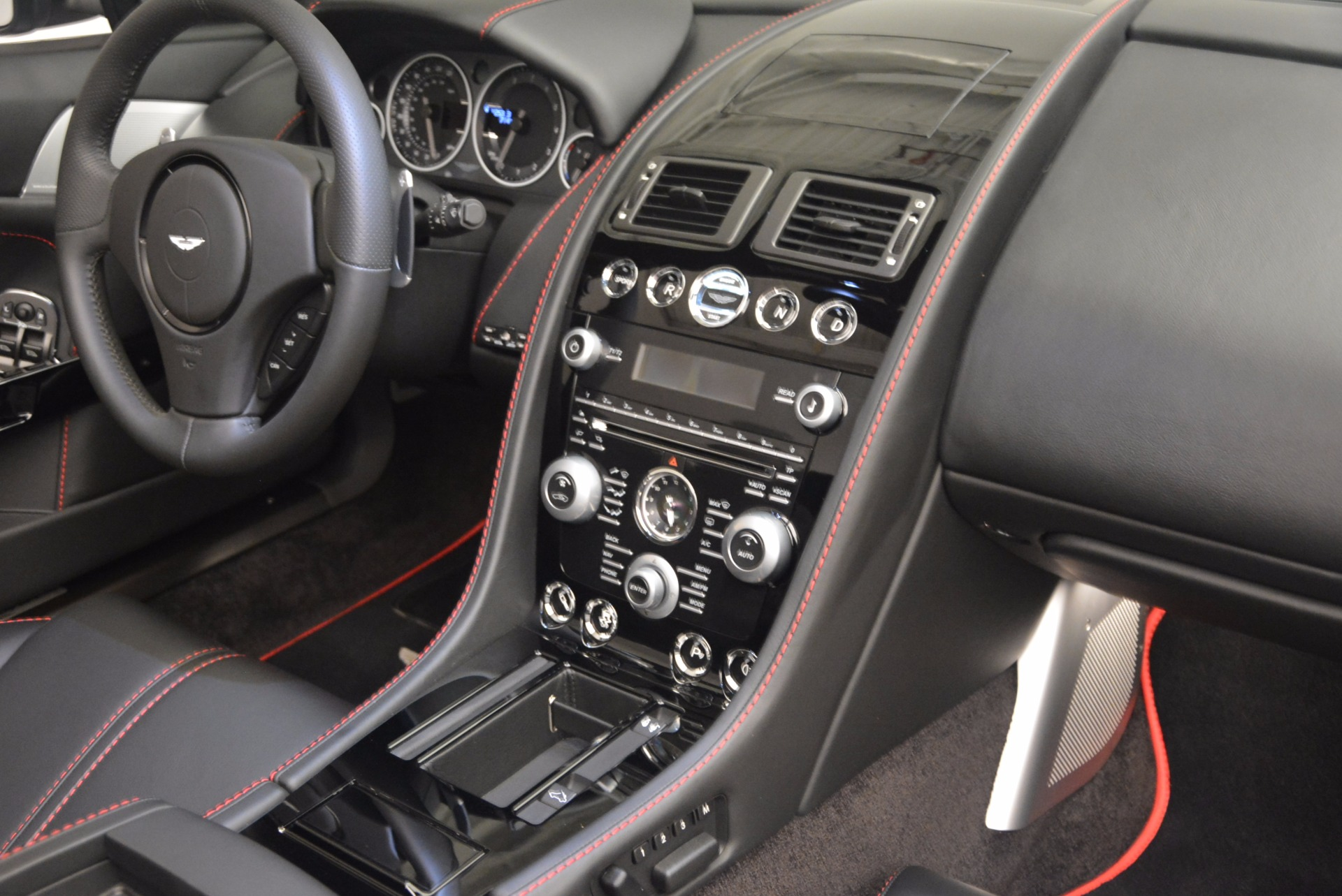 Used 2015 Aston Martin V12 Vantage S Roadster For Sale In Greenwich, CT. Alfa Romeo of Greenwich, 7197 1130_p30