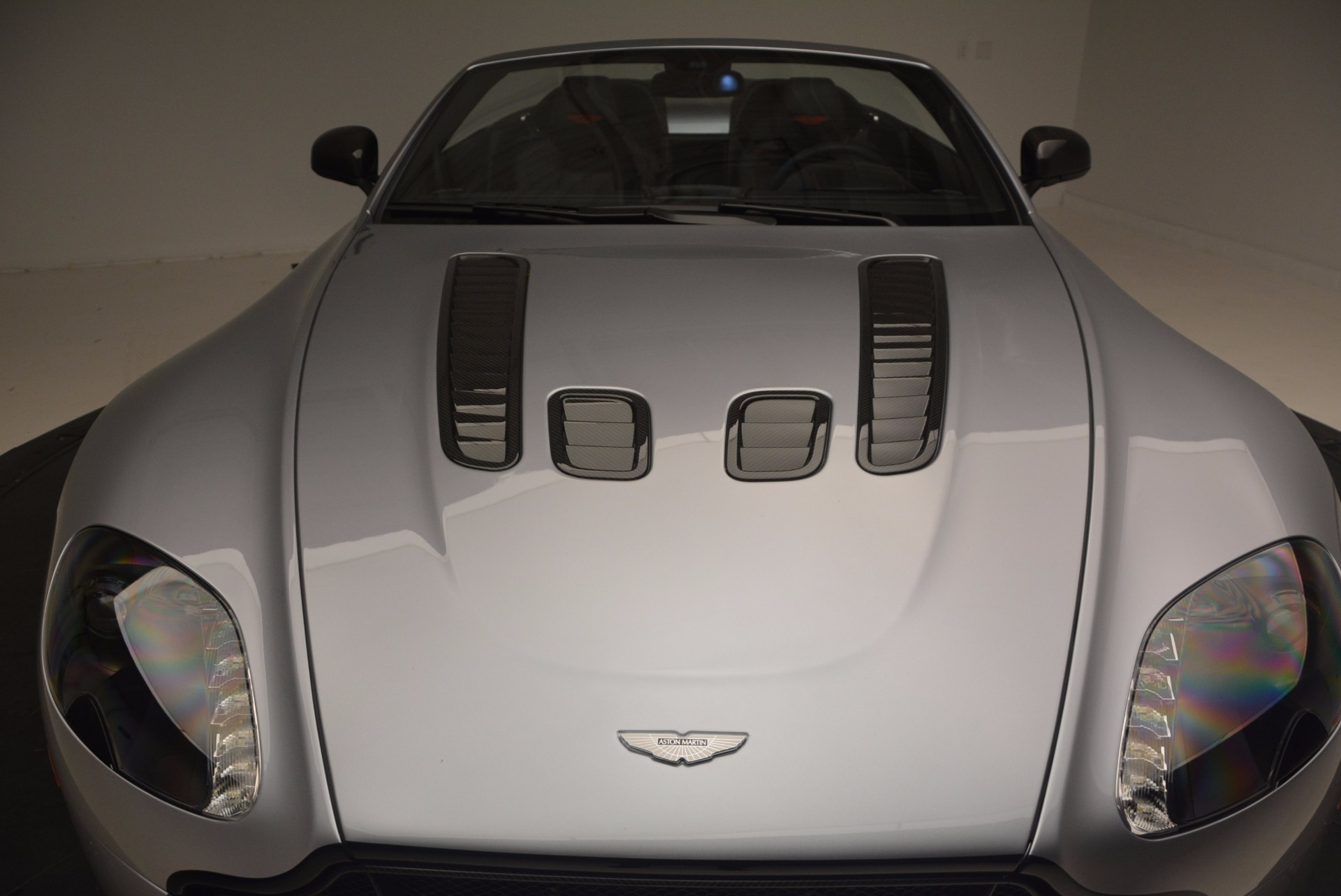 Used 2015 Aston Martin V12 Vantage S Roadster For Sale In Greenwich, CT. Alfa Romeo of Greenwich, 7197 1130_p32