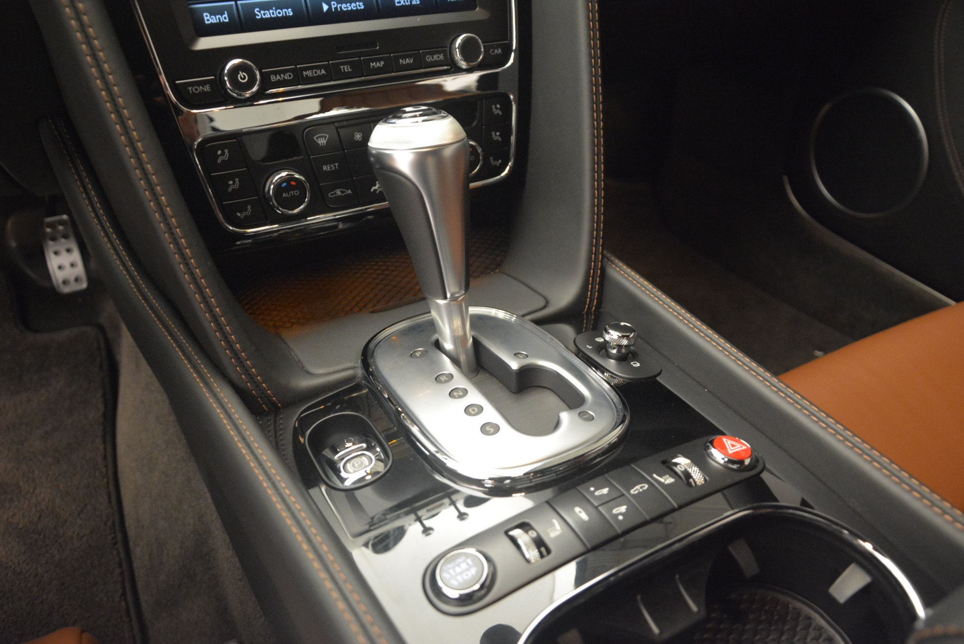 Used 2013 Bentley Continental GT V8 For Sale In Greenwich, CT. Alfa Romeo of Greenwich, 7195 1131_p22
