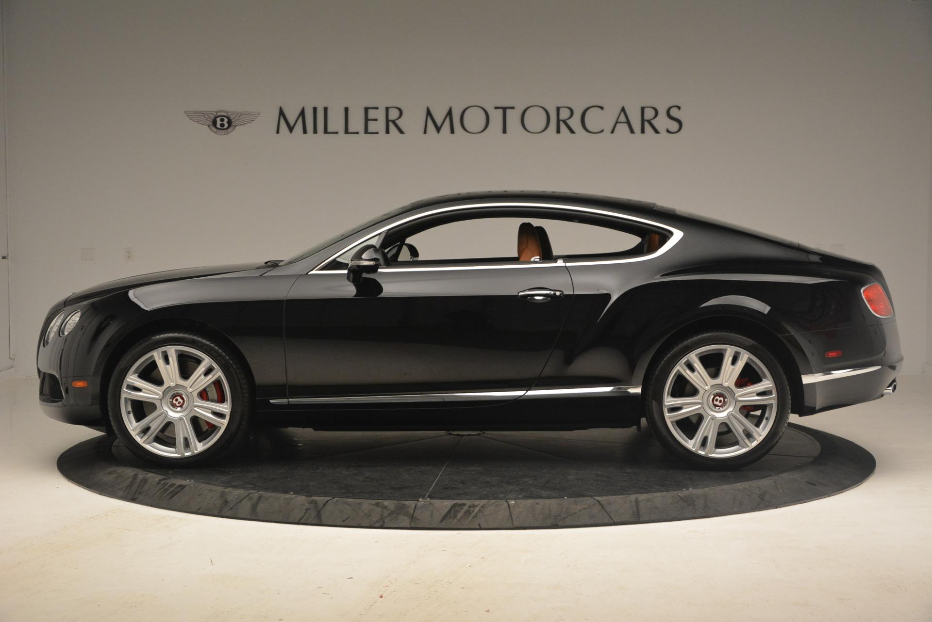 Used 2013 Bentley Continental GT V8 For Sale In Greenwich, CT. Alfa Romeo of Greenwich, 7195 1131_p3