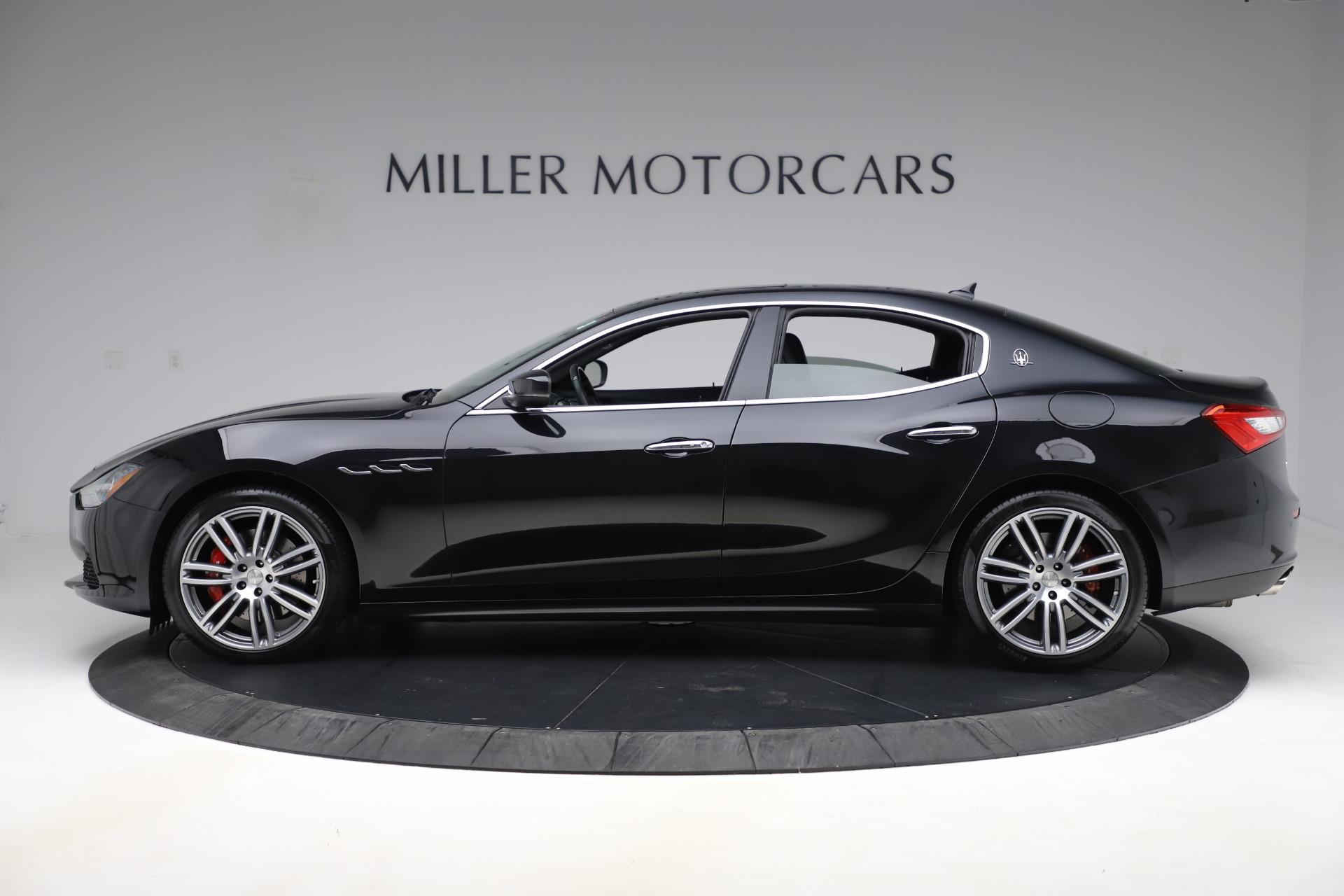New 2017 Maserati Ghibli S Q4 For Sale In Greenwich, CT. Alfa Romeo of Greenwich, W441 1132_p3