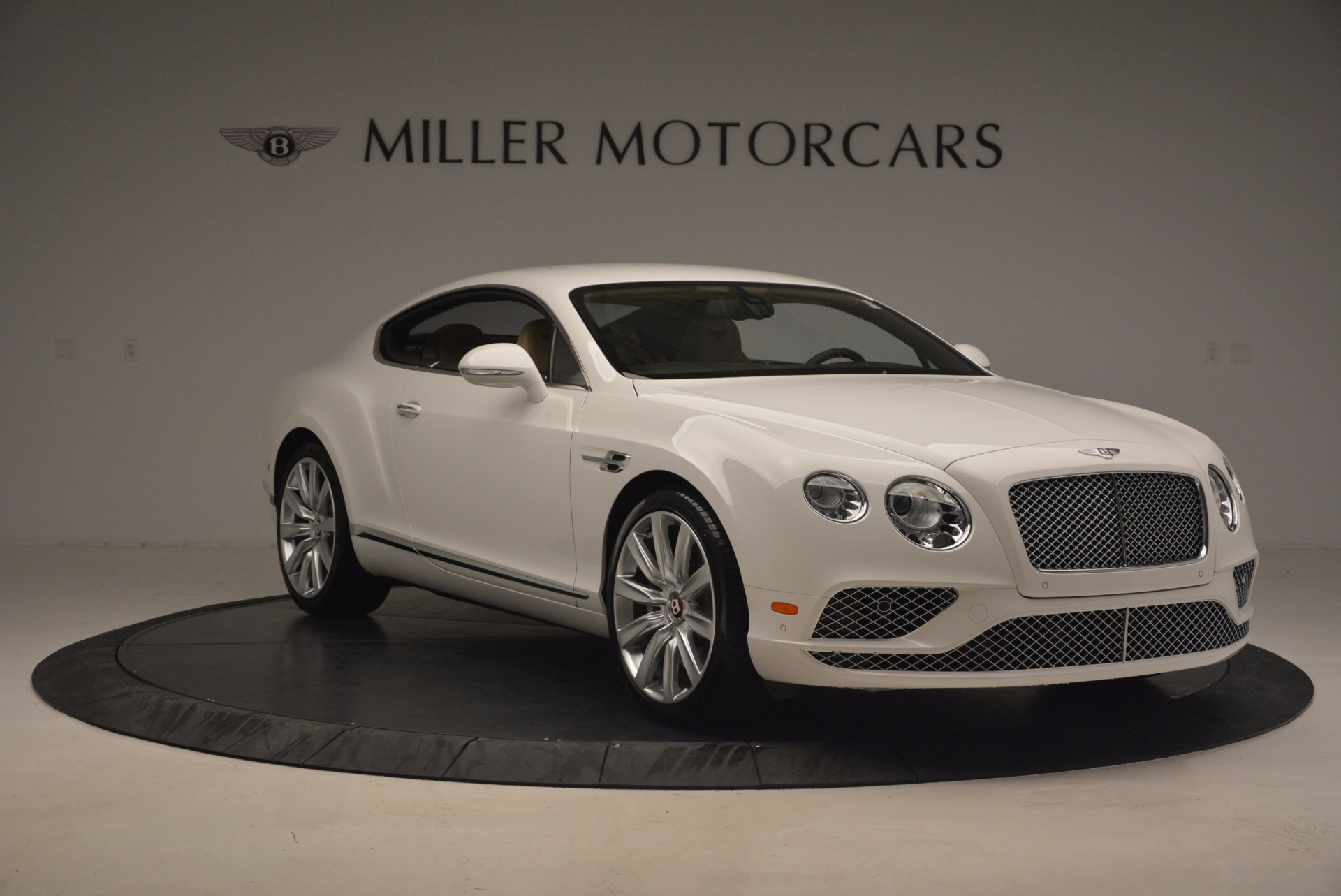 Used 2017 Bentley Continental GT V8 For Sale In Greenwich, CT. Alfa Romeo of Greenwich, B1249 1133_p11
