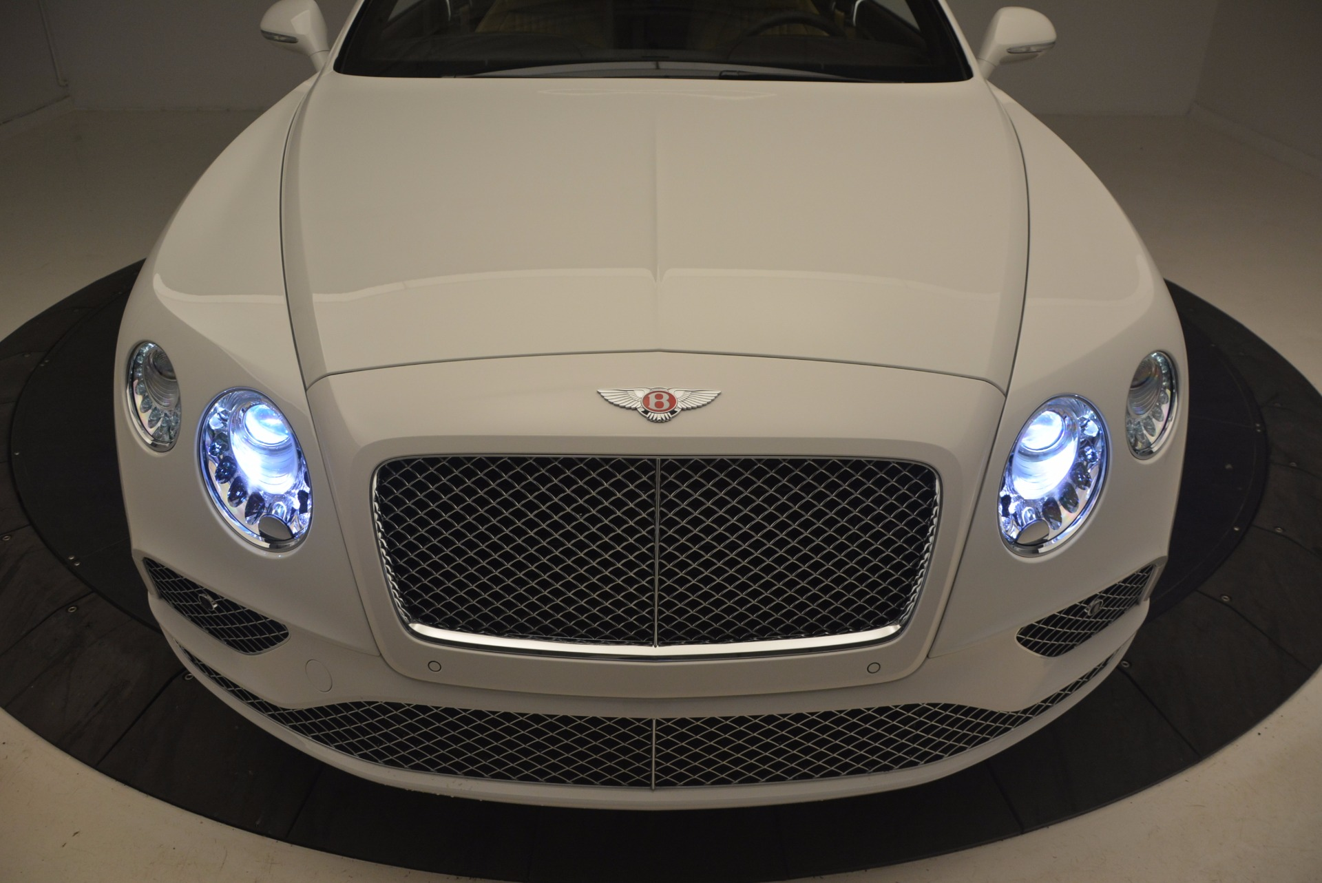 Used 2017 Bentley Continental GT V8 For Sale In Greenwich, CT. Alfa Romeo of Greenwich, B1249 1133_p14