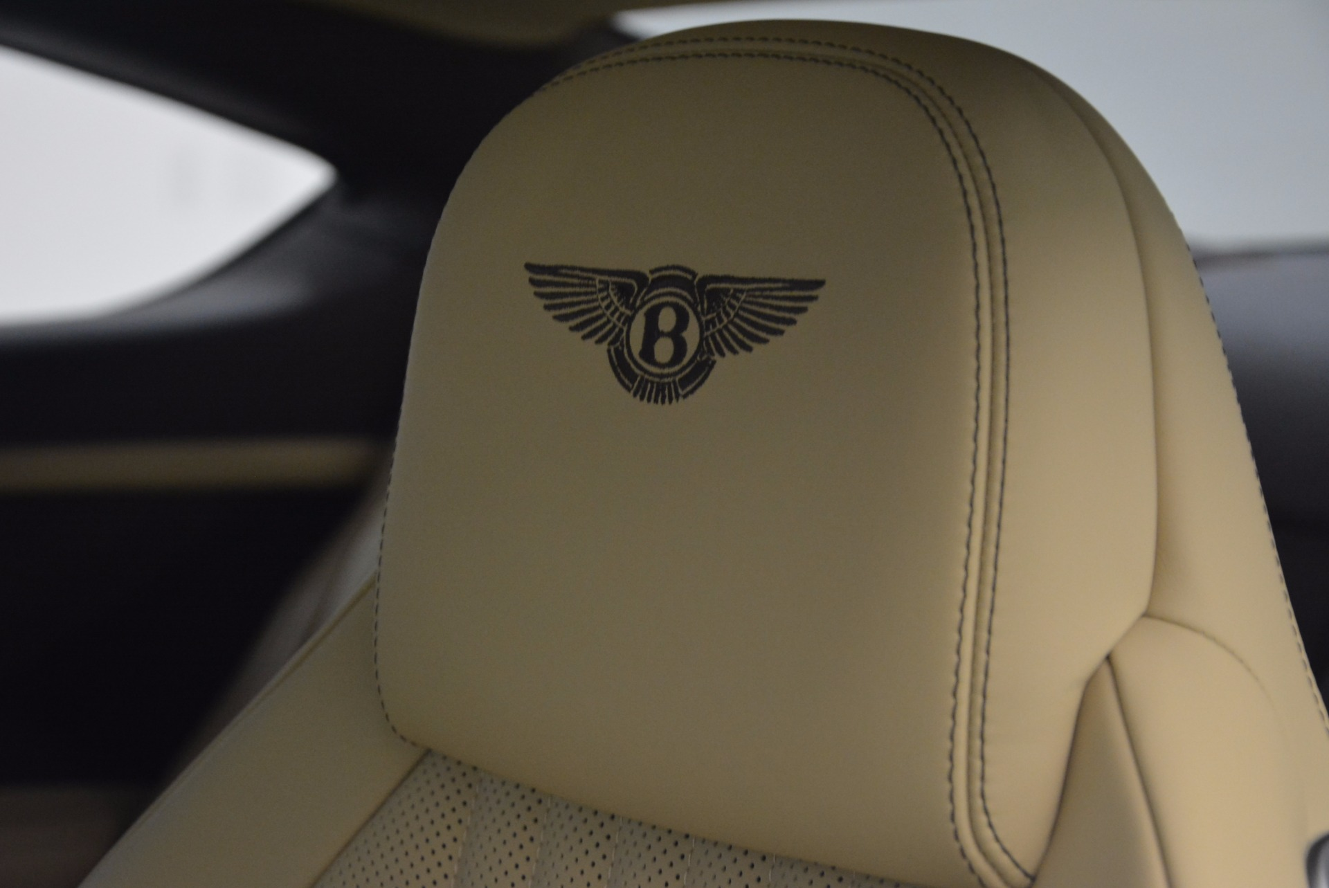 Used 2017 Bentley Continental GT V8 For Sale In Greenwich, CT. Alfa Romeo of Greenwich, B1249 1133_p21