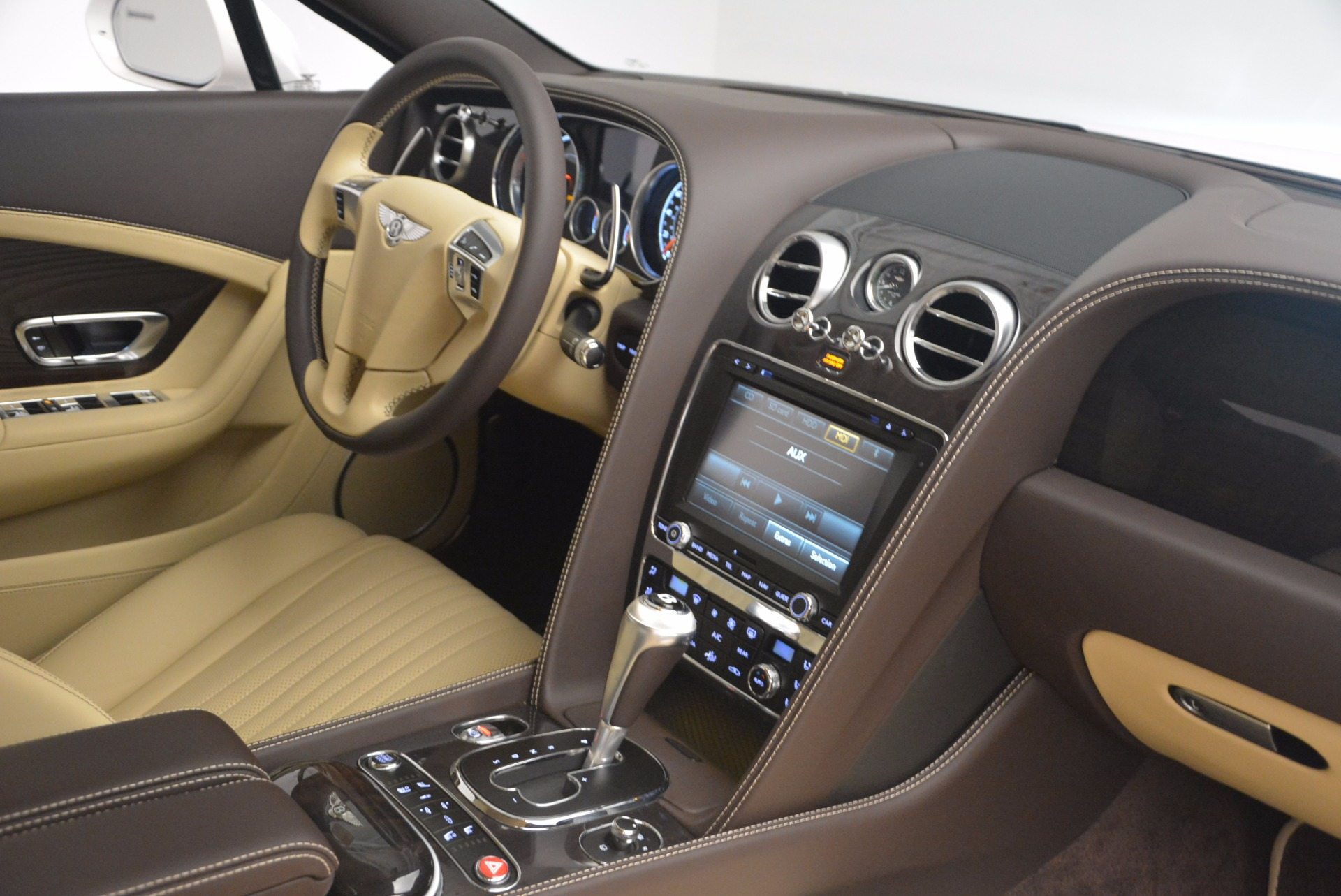 Used 2017 Bentley Continental GT V8 For Sale In Greenwich, CT. Alfa Romeo of Greenwich, B1249 1133_p27