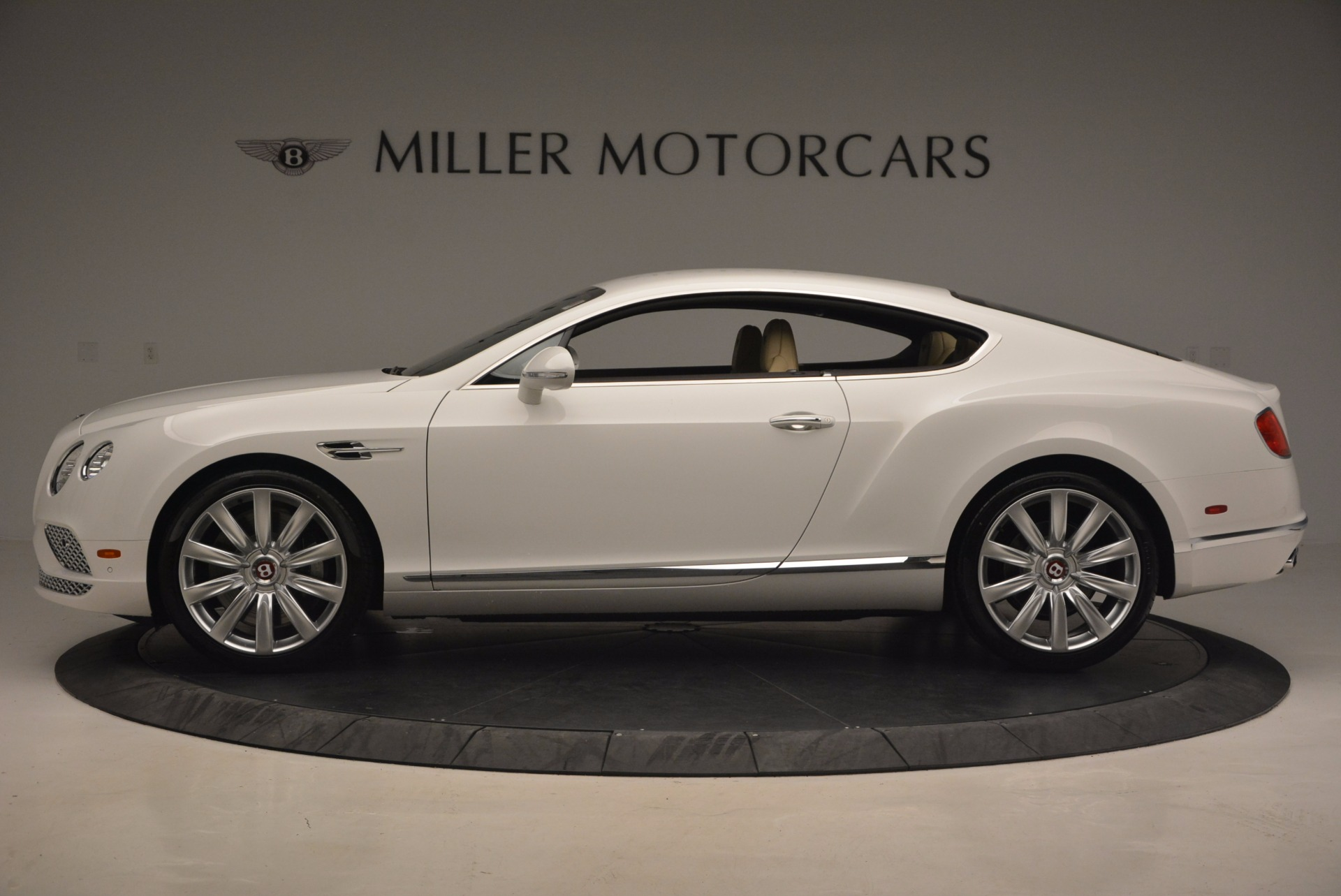 Used 2017 Bentley Continental GT V8 For Sale In Greenwich, CT. Alfa Romeo of Greenwich, B1249 1133_p3