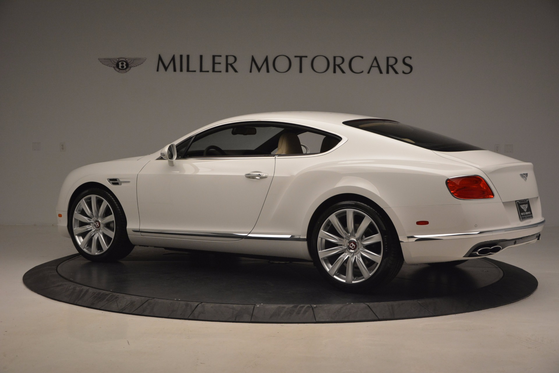 Used 2017 Bentley Continental GT V8 For Sale In Greenwich, CT. Alfa Romeo of Greenwich, B1249 1133_p4