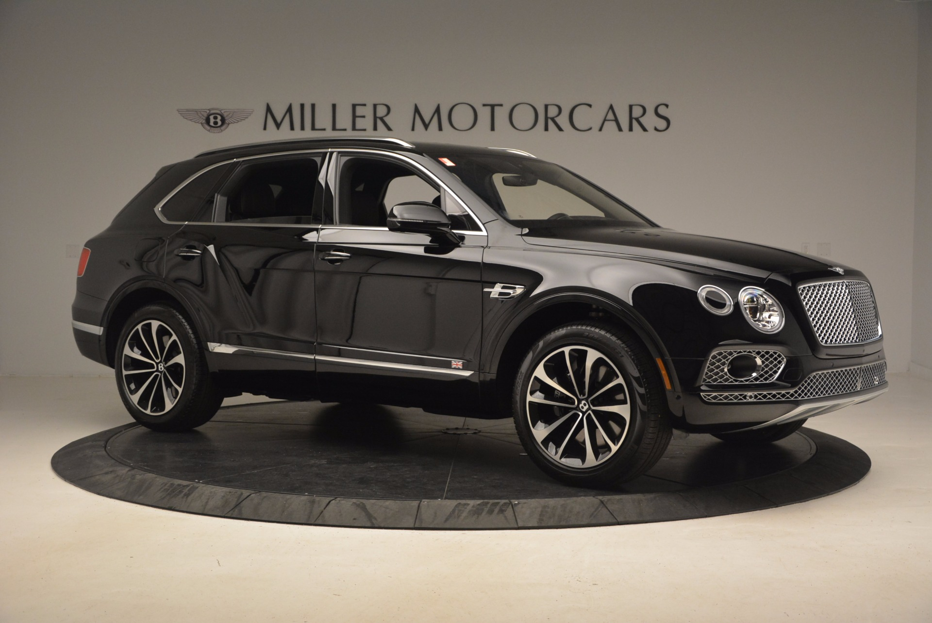 New 2017 Bentley Bentayga  For Sale In Greenwich, CT. Alfa Romeo of Greenwich, B1252 1140_p11