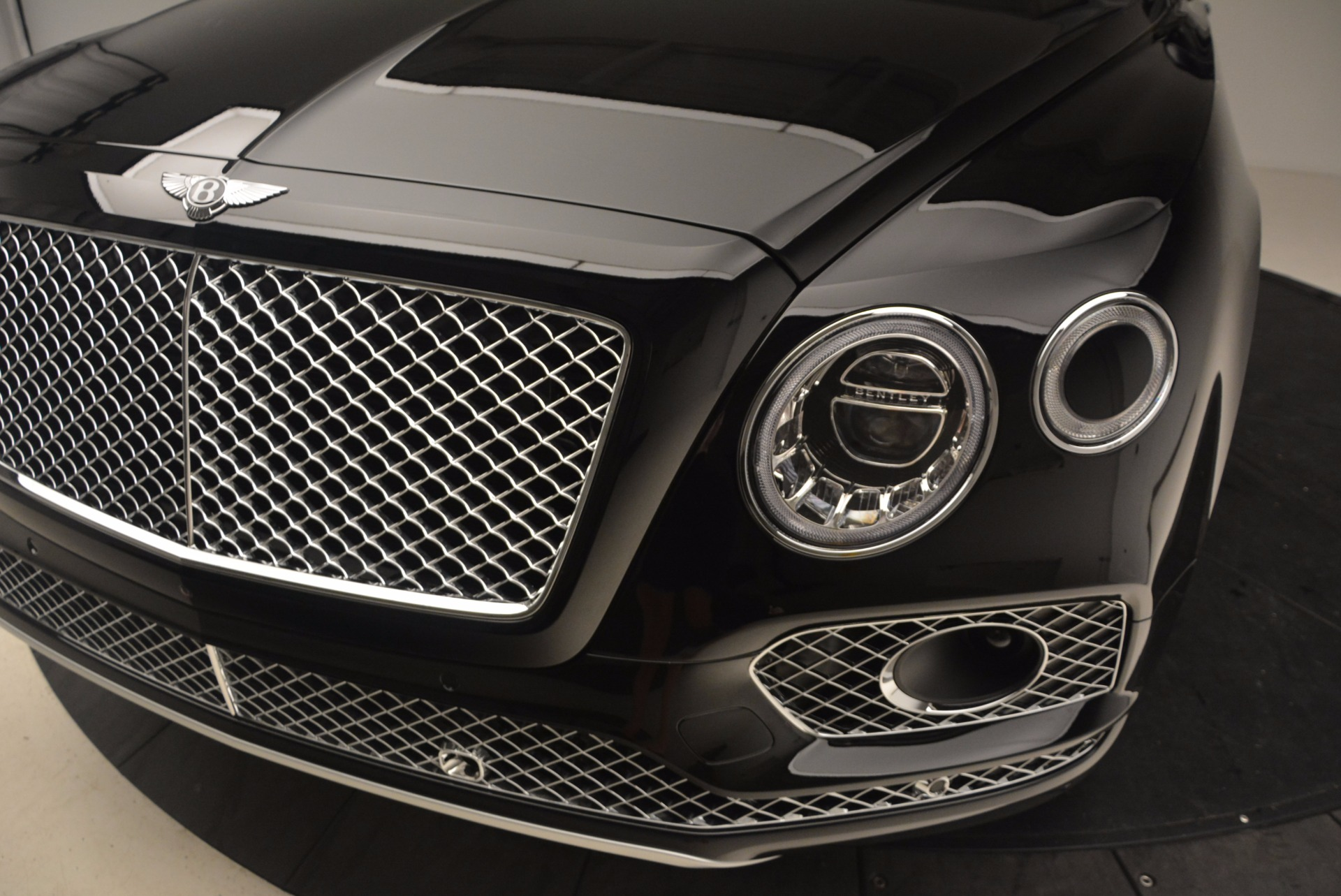 New 2017 Bentley Bentayga  For Sale In Greenwich, CT. Alfa Romeo of Greenwich, B1252 1140_p16