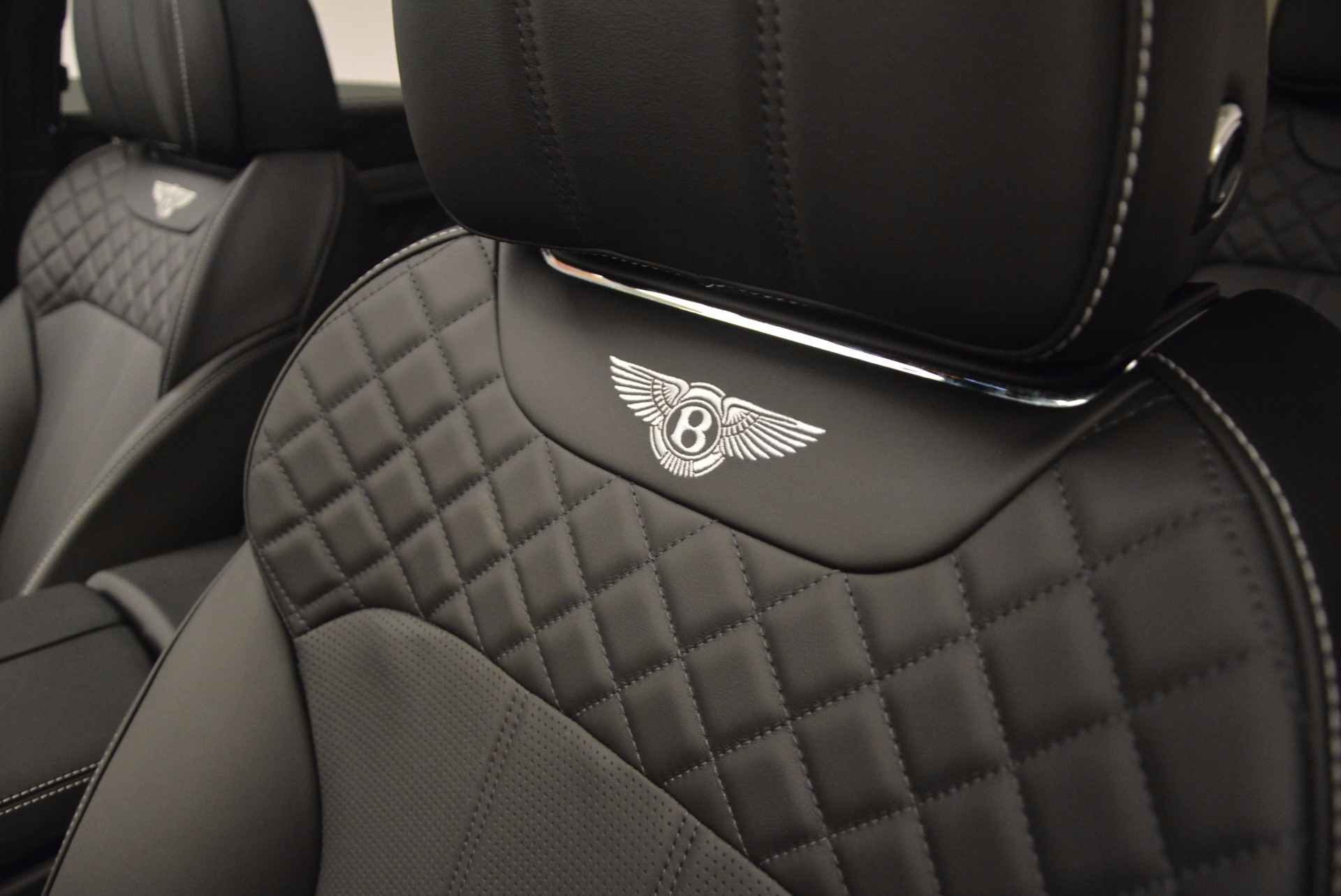 New 2017 Bentley Bentayga  For Sale In Greenwich, CT. Alfa Romeo of Greenwich, B1252 1140_p27