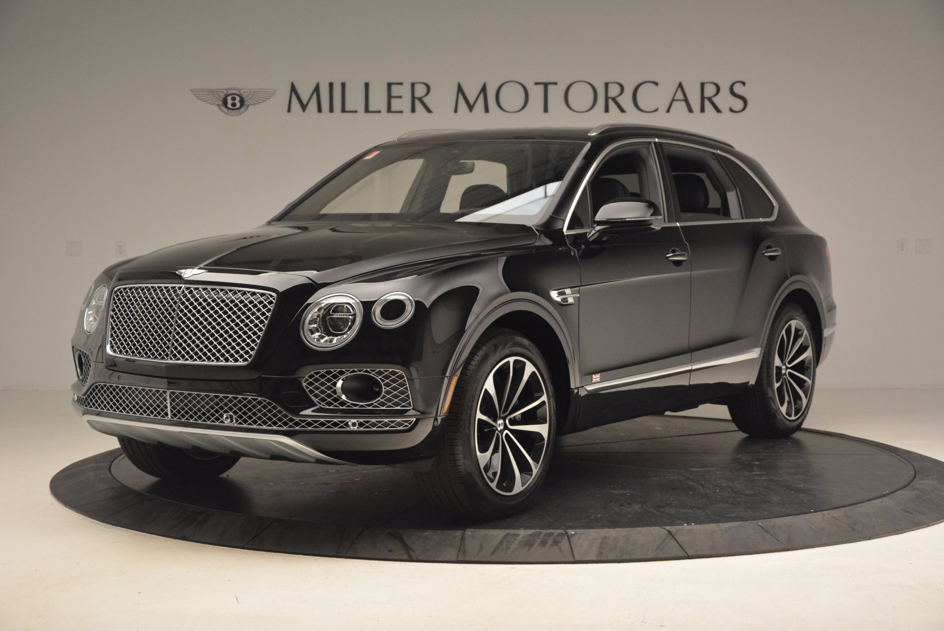 New 2017 Bentley Bentayga  For Sale In Greenwich, CT. Alfa Romeo of Greenwich, B1252 1140_p2