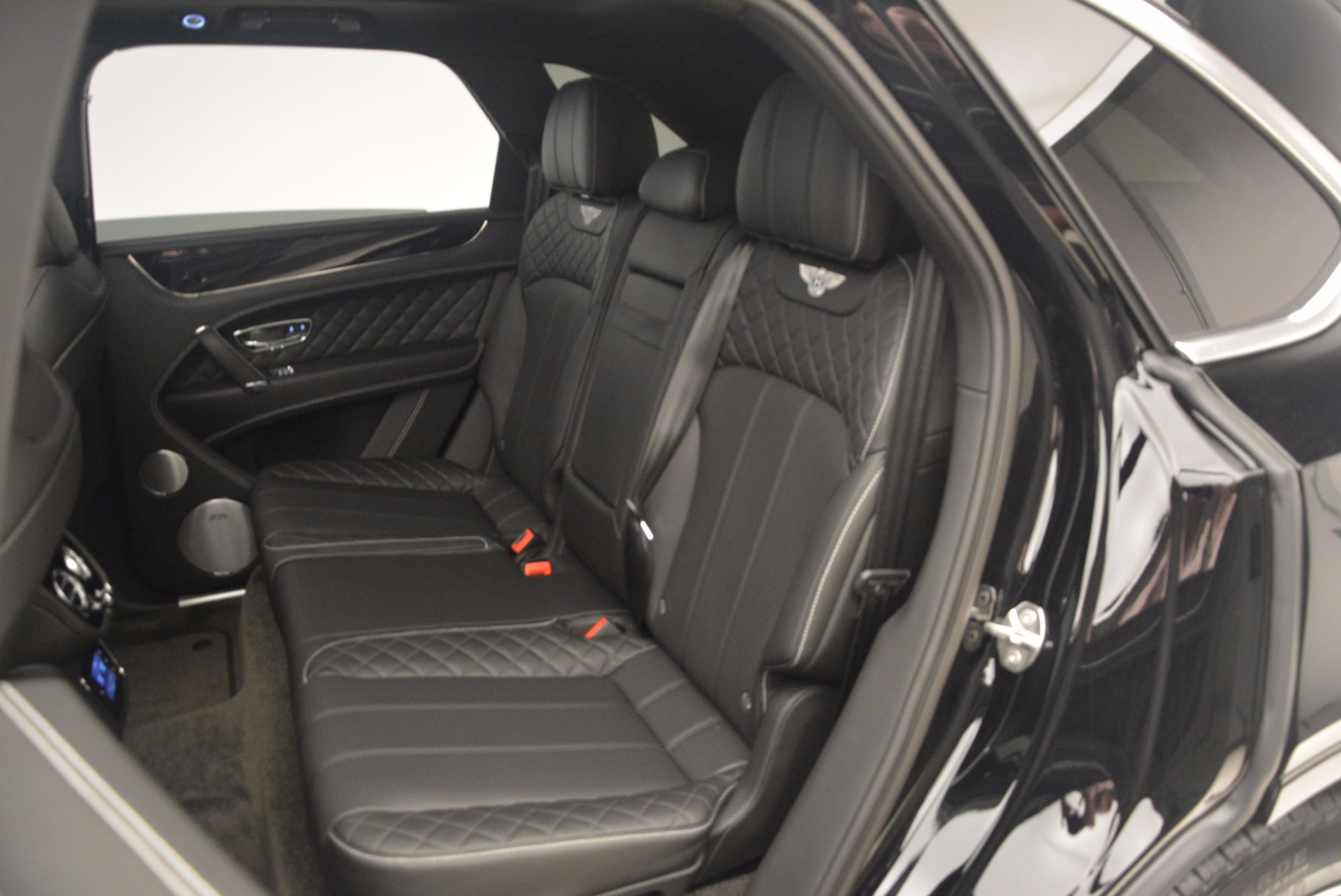 New 2017 Bentley Bentayga  For Sale In Greenwich, CT. Alfa Romeo of Greenwich, B1252 1140_p37