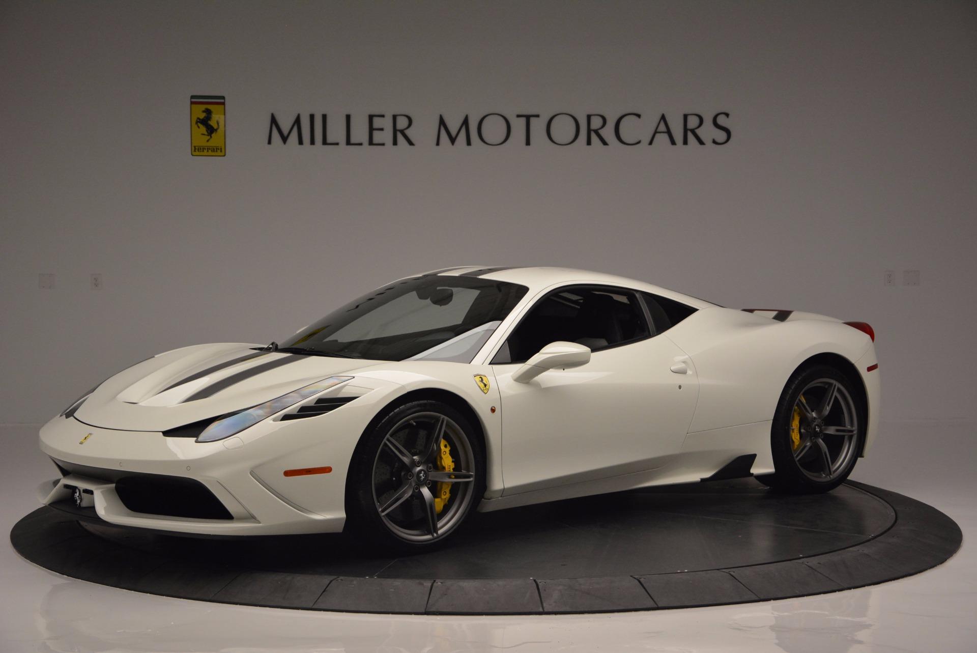 Used 2015 Ferrari 458 Speciale  For Sale In Greenwich, CT. Alfa Romeo of Greenwich, 4390 1147_p2