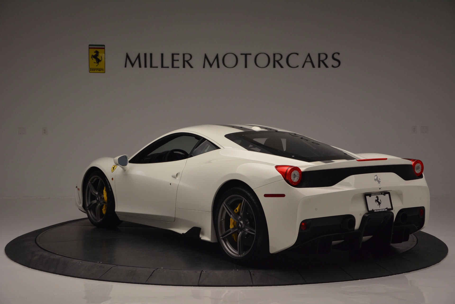 Used 2015 Ferrari 458 Speciale  For Sale In Greenwich, CT. Alfa Romeo of Greenwich, 4390 1147_p5