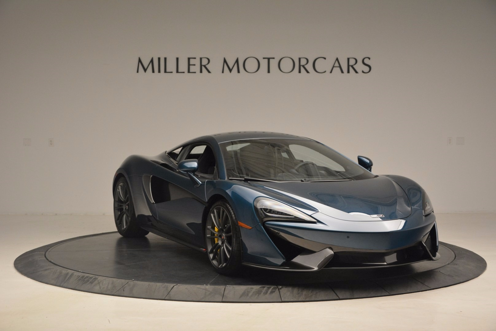New 2017 McLaren 570S  For Sale In Greenwich, CT. Alfa Romeo of Greenwich, MC295 1148_p11