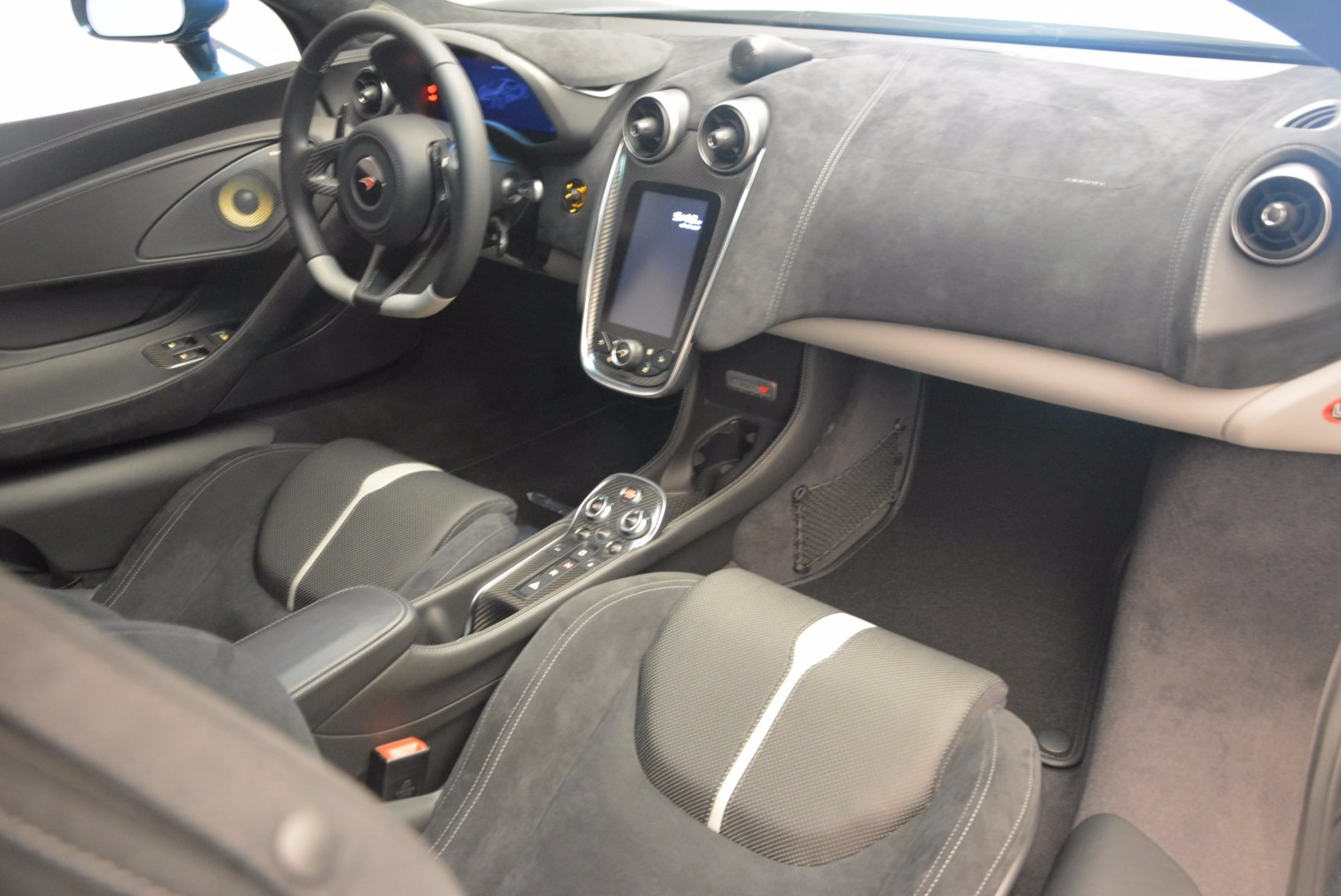 New 2017 McLaren 570S  For Sale In Greenwich, CT. Alfa Romeo of Greenwich, MC295 1148_p18