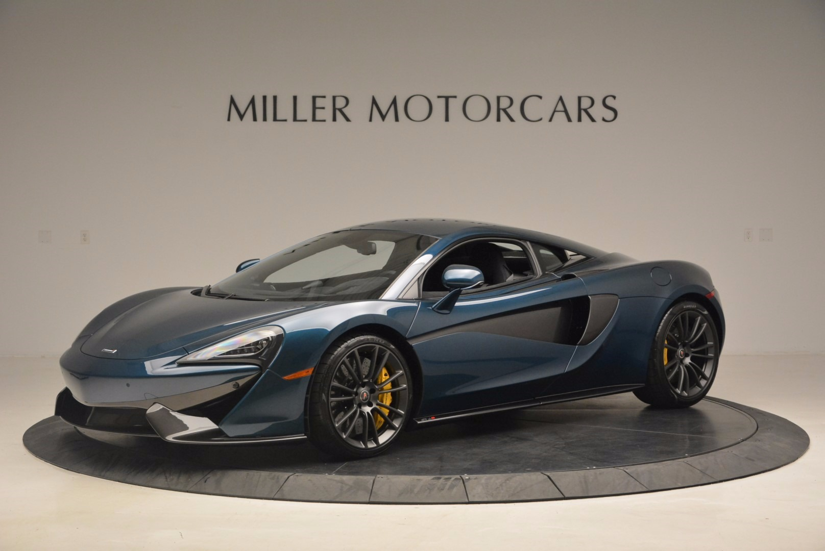 New 2017 McLaren 570S  For Sale In Greenwich, CT. Alfa Romeo of Greenwich, MC295 1148_p2