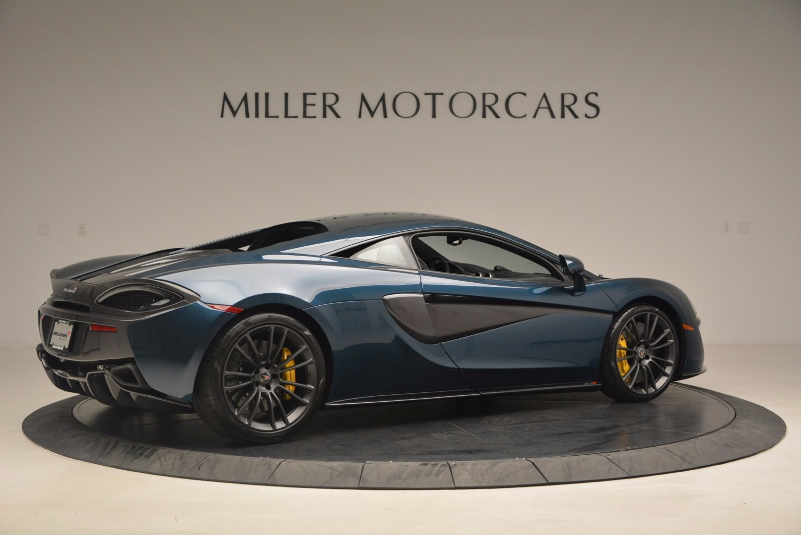 New 2017 McLaren 570S  For Sale In Greenwich, CT. Alfa Romeo of Greenwich, MC295 1148_p8