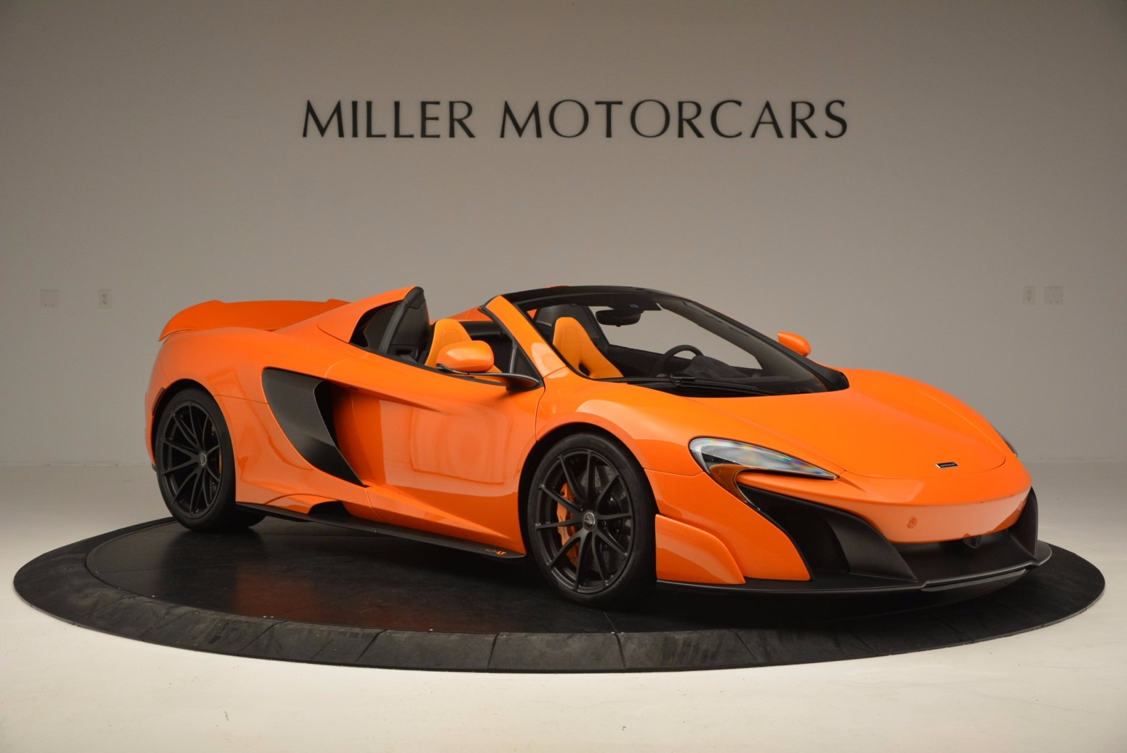 Used 2016 McLaren 675LT Spider Convertible For Sale In Greenwich, CT. Alfa Romeo of Greenwich, 3159 1150_p10