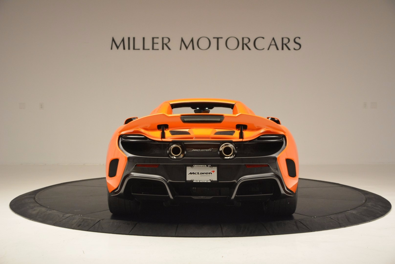 Used 2016 McLaren 675LT Spider Convertible For Sale In Greenwich, CT. Alfa Romeo of Greenwich, 3159 1150_p17