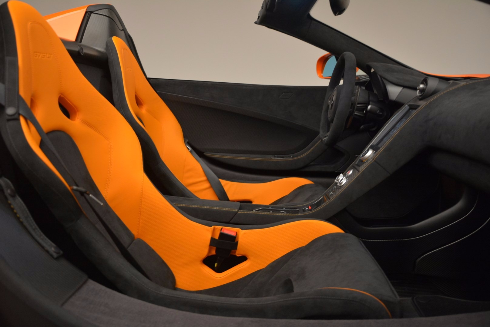 Used 2016 McLaren 675LT Spider Convertible For Sale In Greenwich, CT. Alfa Romeo of Greenwich, 3159 1150_p26