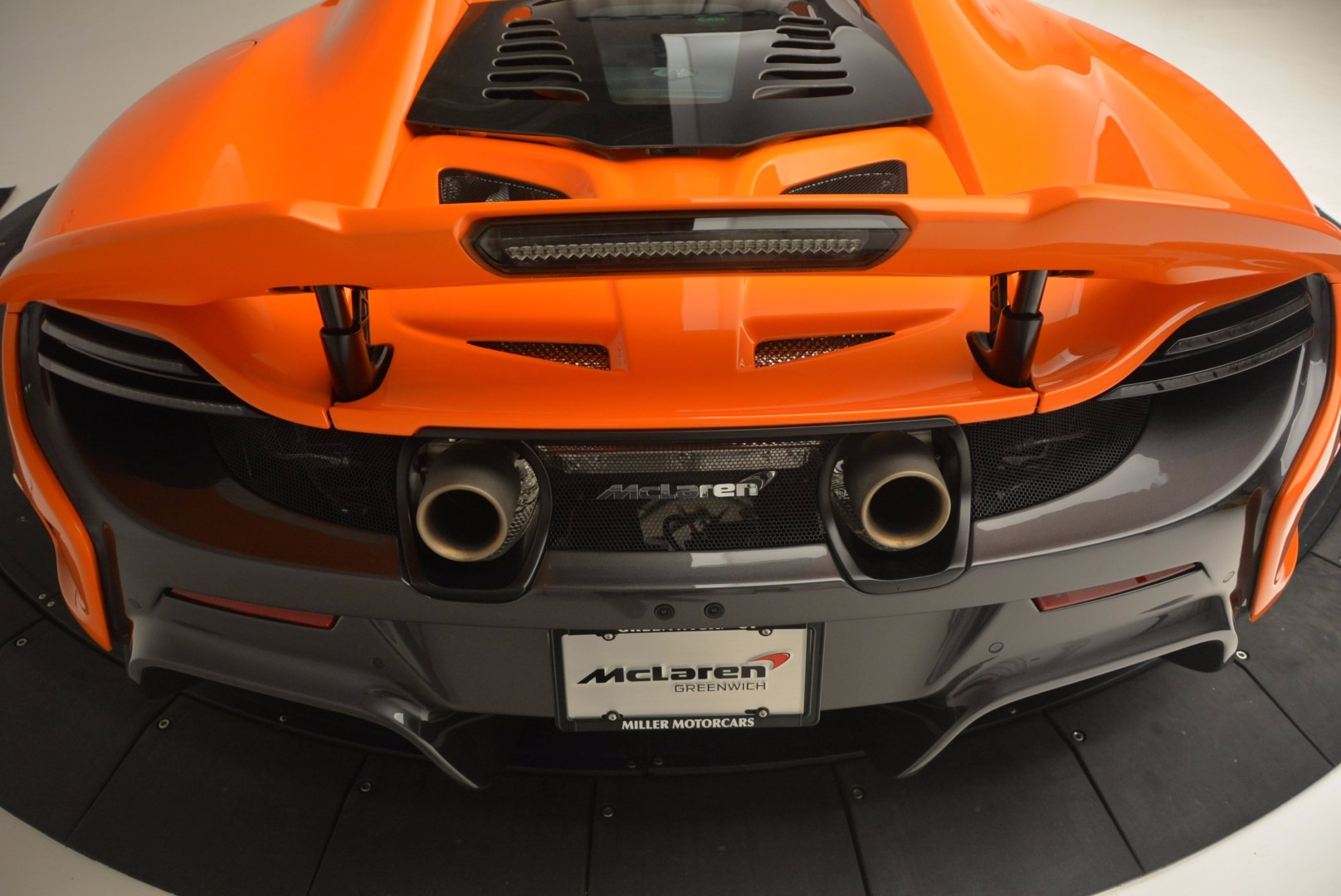 Used 2016 McLaren 675LT Spider Convertible For Sale In Greenwich, CT. Alfa Romeo of Greenwich, 3159 1150_p31