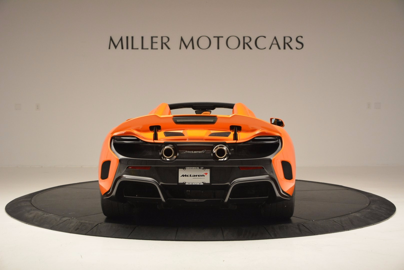 Used 2016 McLaren 675LT Spider Convertible For Sale In Greenwich, CT. Alfa Romeo of Greenwich, 3159 1150_p6