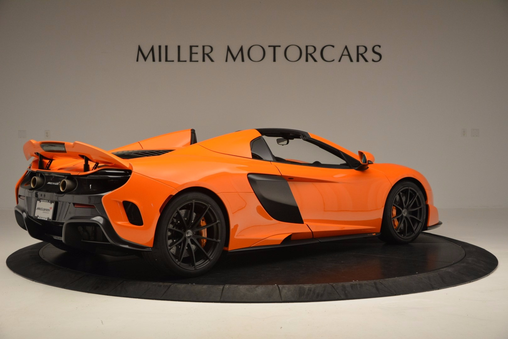Used 2016 McLaren 675LT Spider Convertible For Sale In Greenwich, CT. Alfa Romeo of Greenwich, 3159 1150_p8