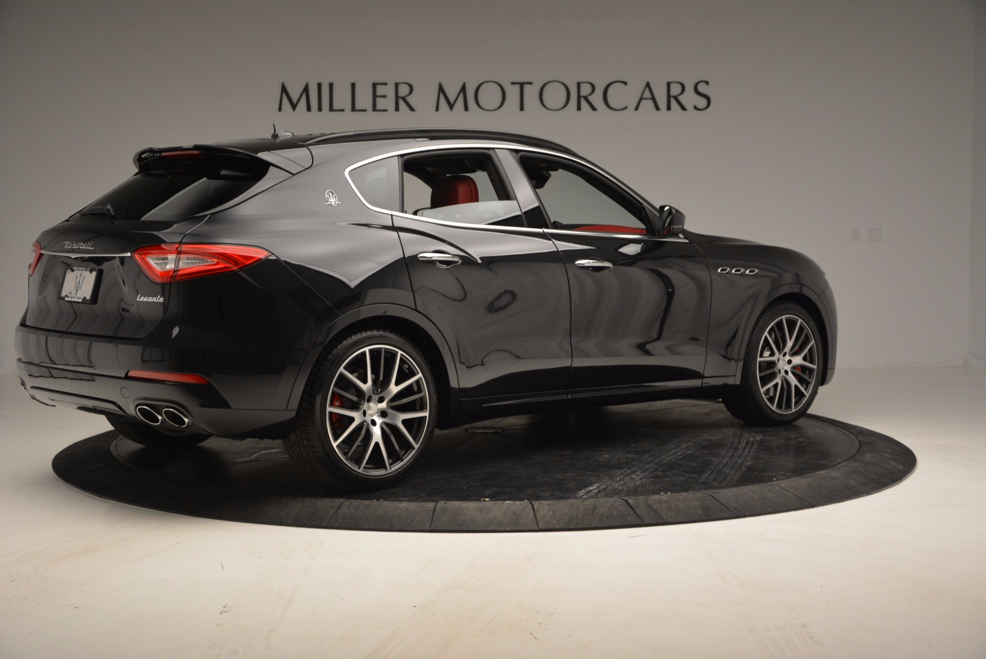 New 2017 Maserati Levante S For Sale In Greenwich, CT. Alfa Romeo of Greenwich, W456 1156_p8
