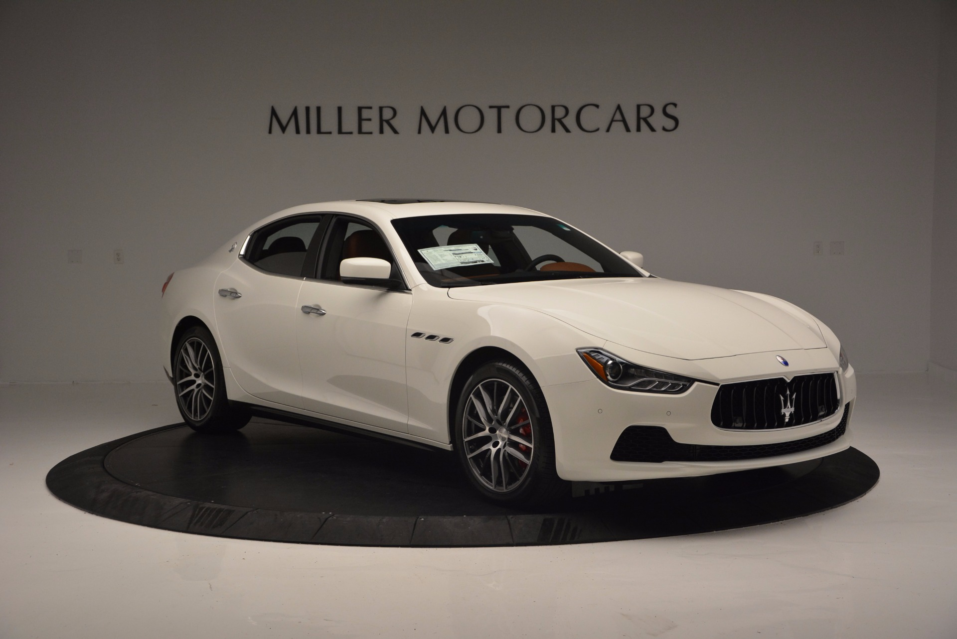Used 2017 Maserati Ghibli S Q4 Ex-Loaner For Sale In Greenwich, CT. Alfa Romeo of Greenwich, M1721 1166_p11