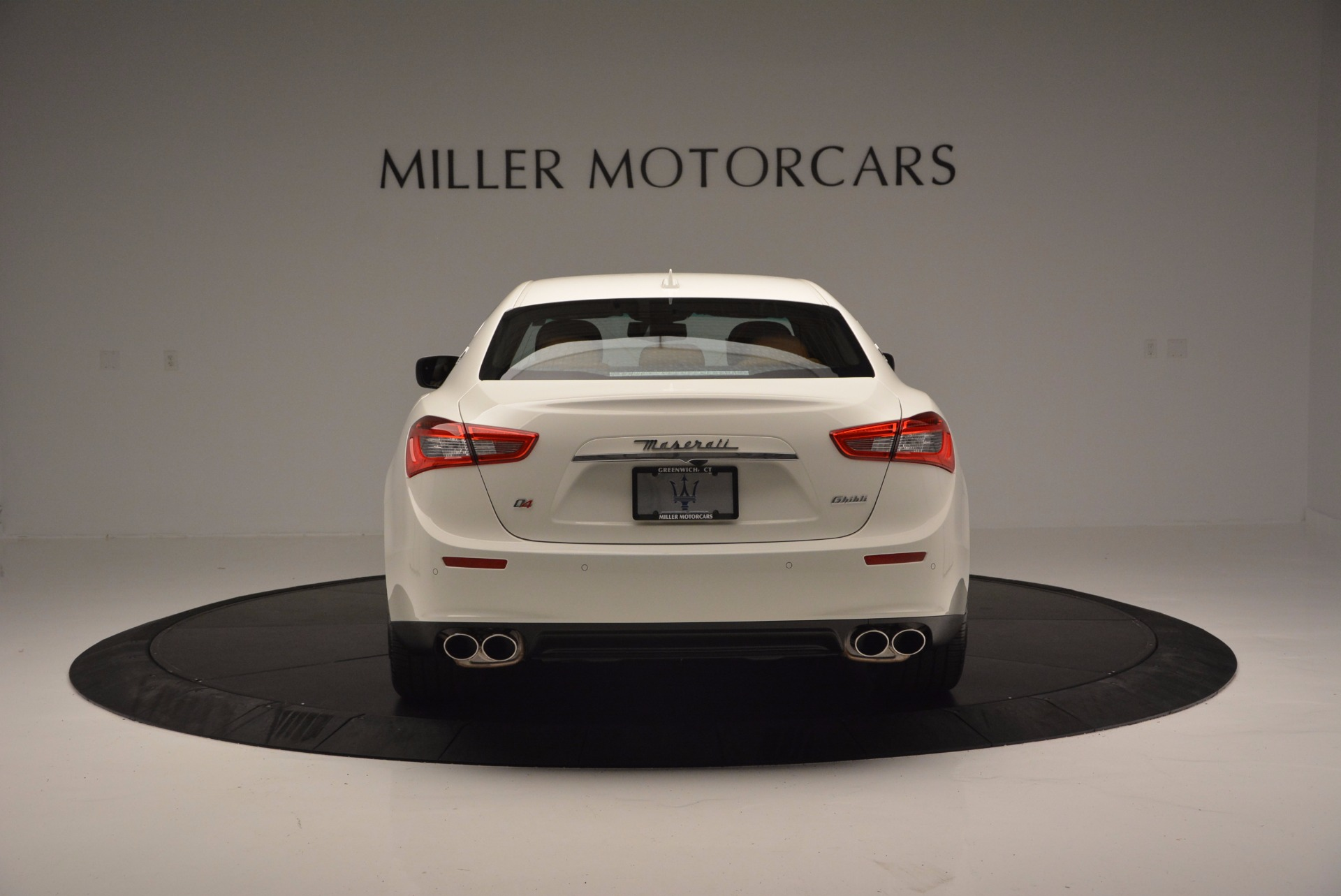 Used 2017 Maserati Ghibli S Q4 Ex-Loaner For Sale In Greenwich, CT. Alfa Romeo of Greenwich, M1721 1166_p6