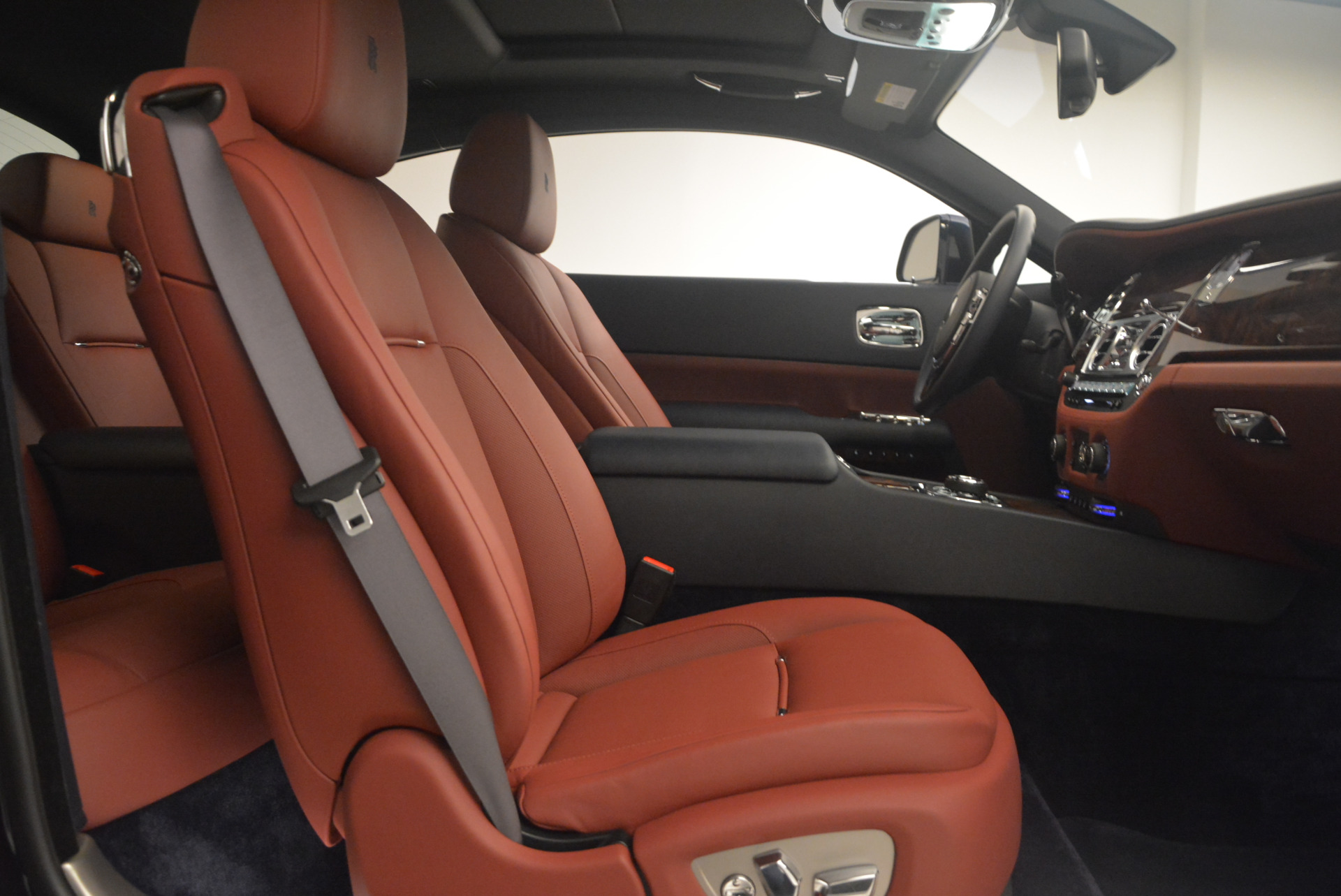 Used 2016 Rolls-Royce Wraith  For Sale In Greenwich, CT. Alfa Romeo of Greenwich, 7204 1170_p29